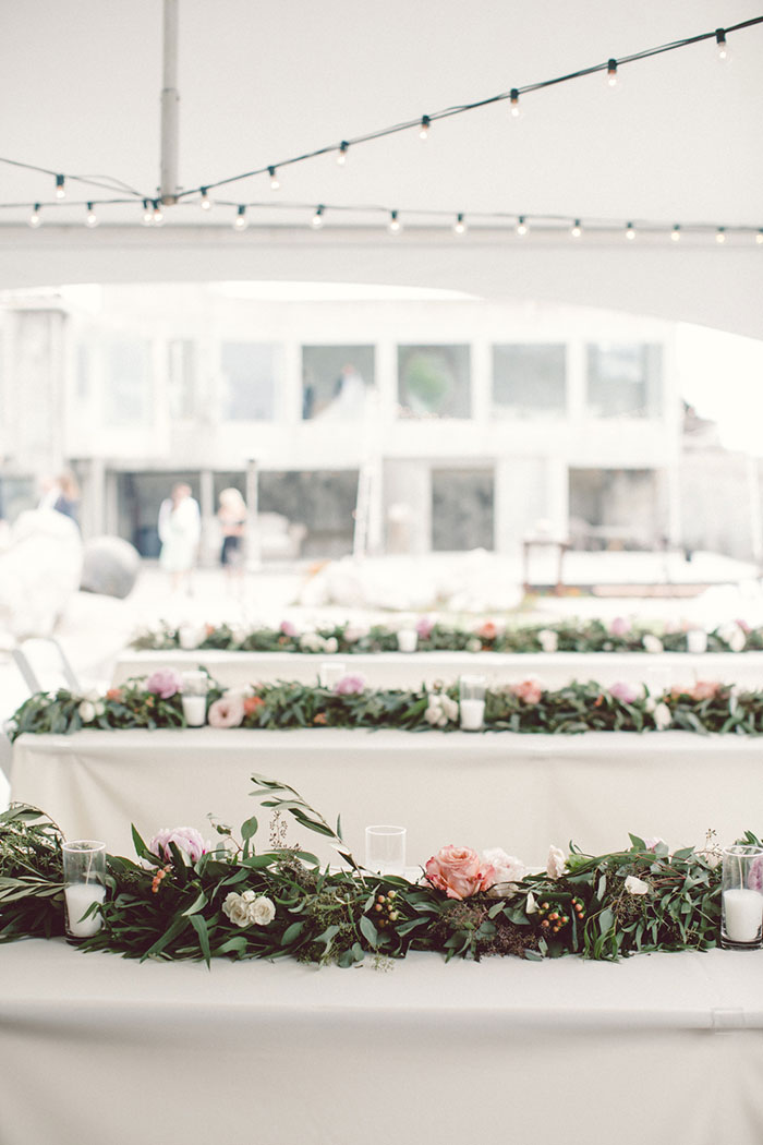 villa-montara-california-seaside-boho-casual-elegance-pink-coral-roses-36.jpg
