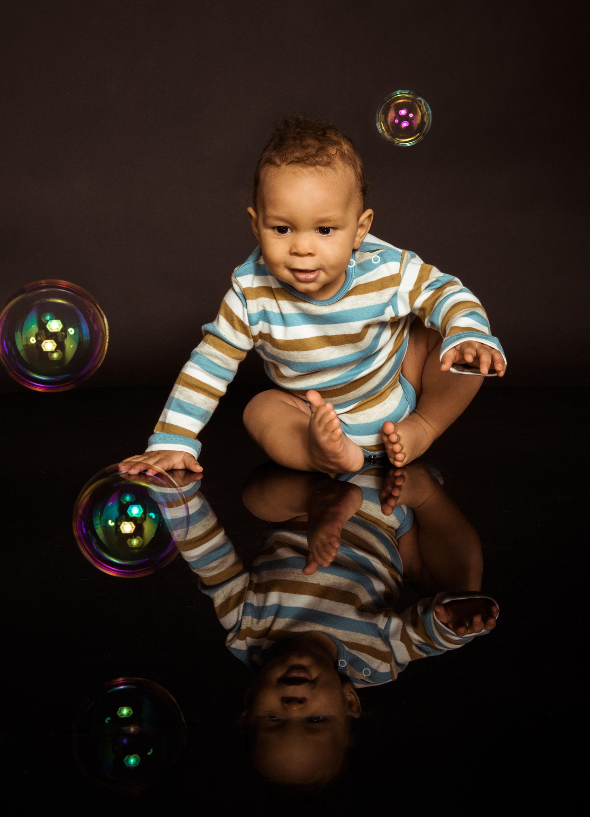 kinderfoto-mit-seifenblasen.jpg