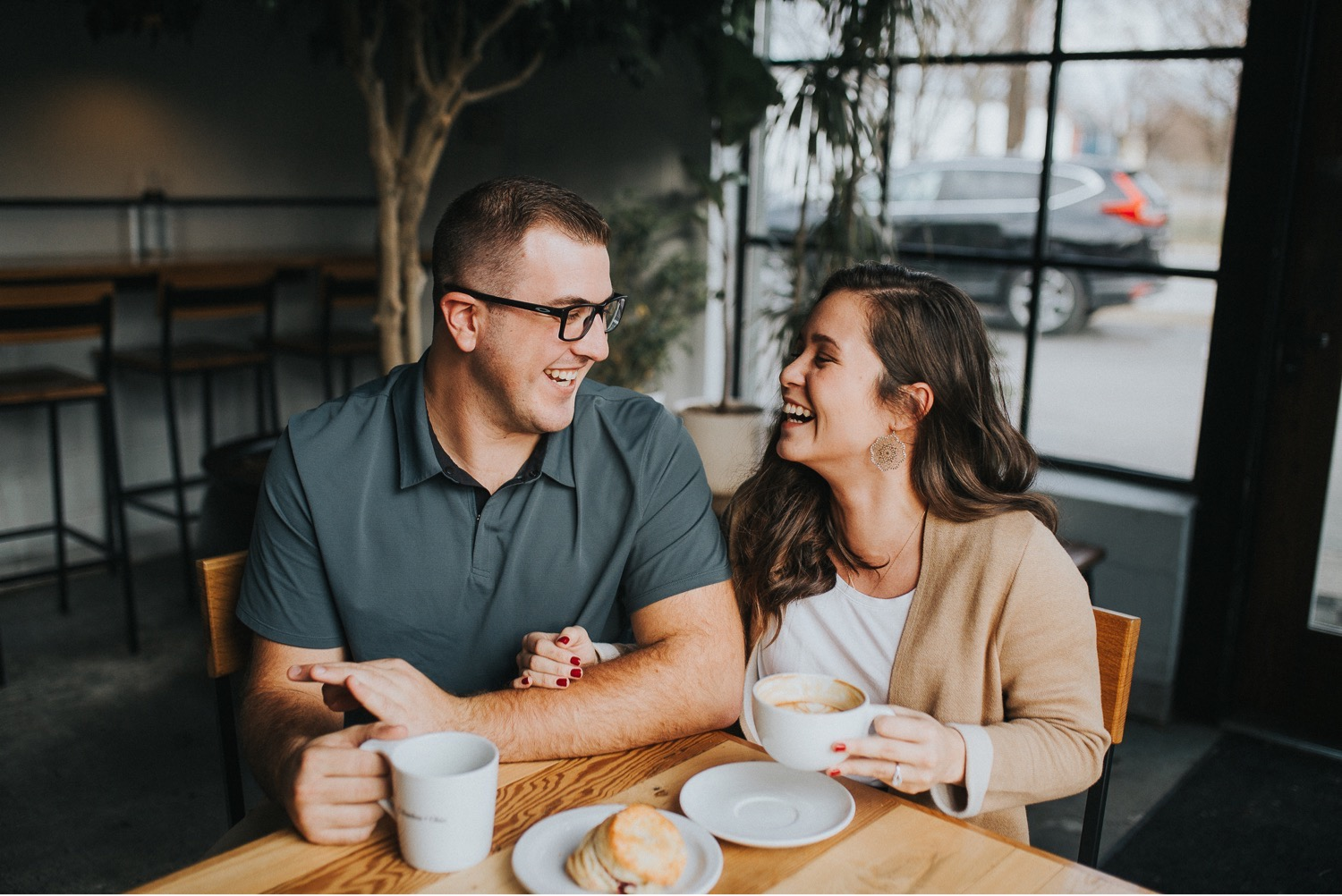 couple drinking coffee in a coffee shop