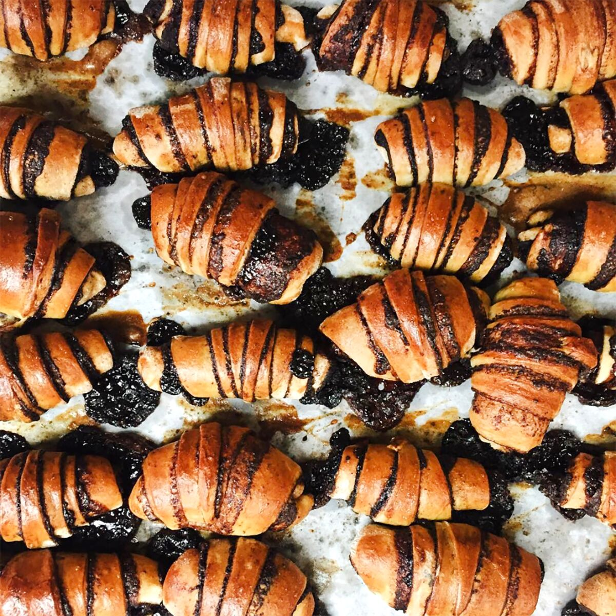 Oneg-Chocolate-Rugelach-Product-2_preview.jpg