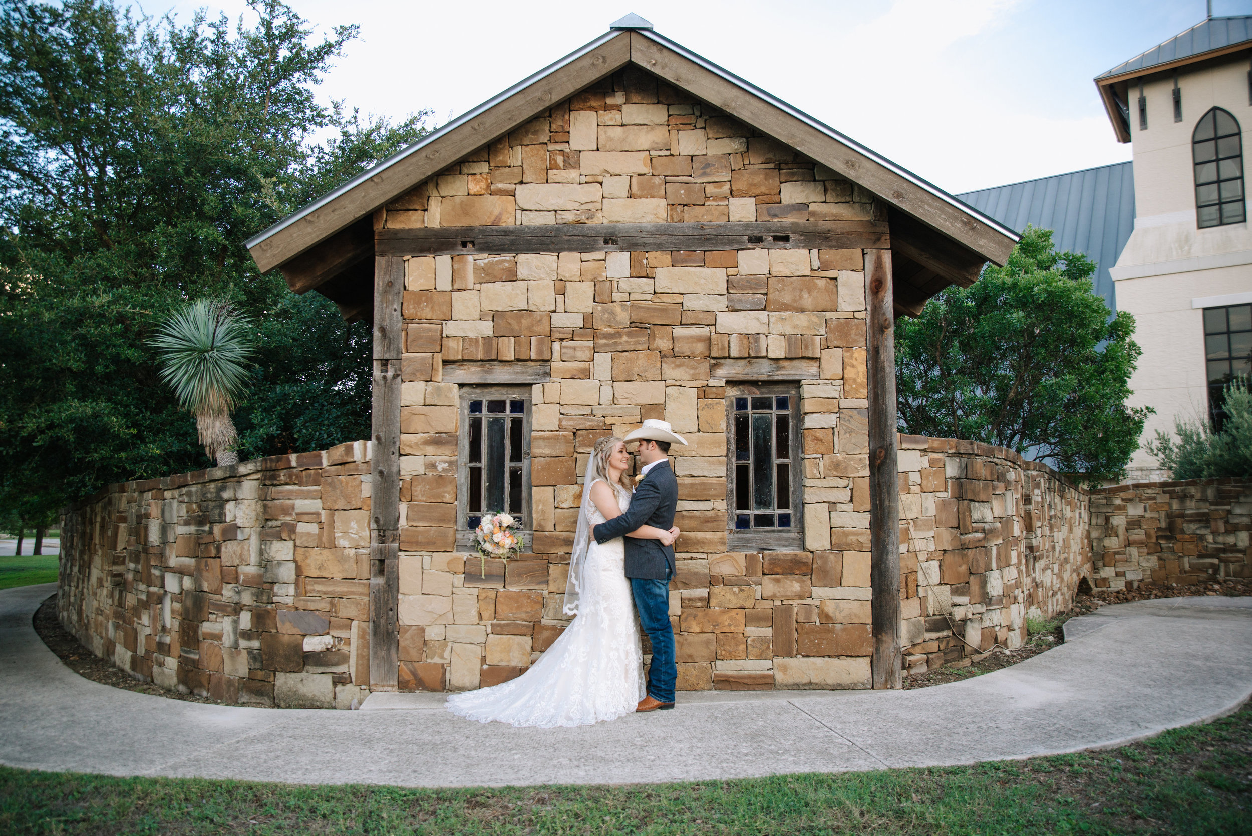 mcclure-boerne-wedding-couple-portraits-sojourn-art-and-ink.jpg