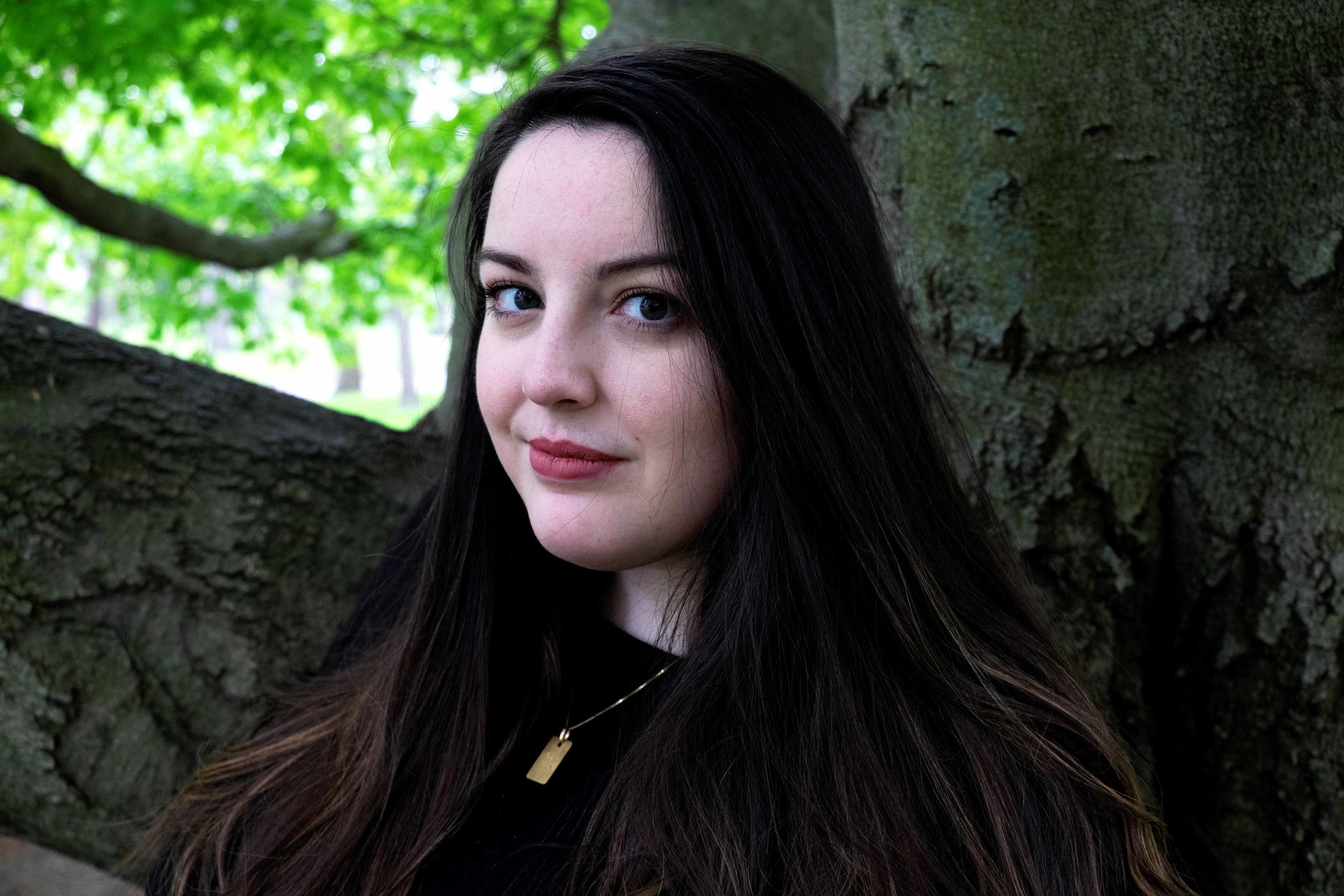 Rory Power - Rory Power grew up in Boston, received her undergraduate degree at Middlebury College, and went on to earn an MA in prose fiction from the University of East Anglia. She lives in Massachusetts. Wilder Girls is her first novel.