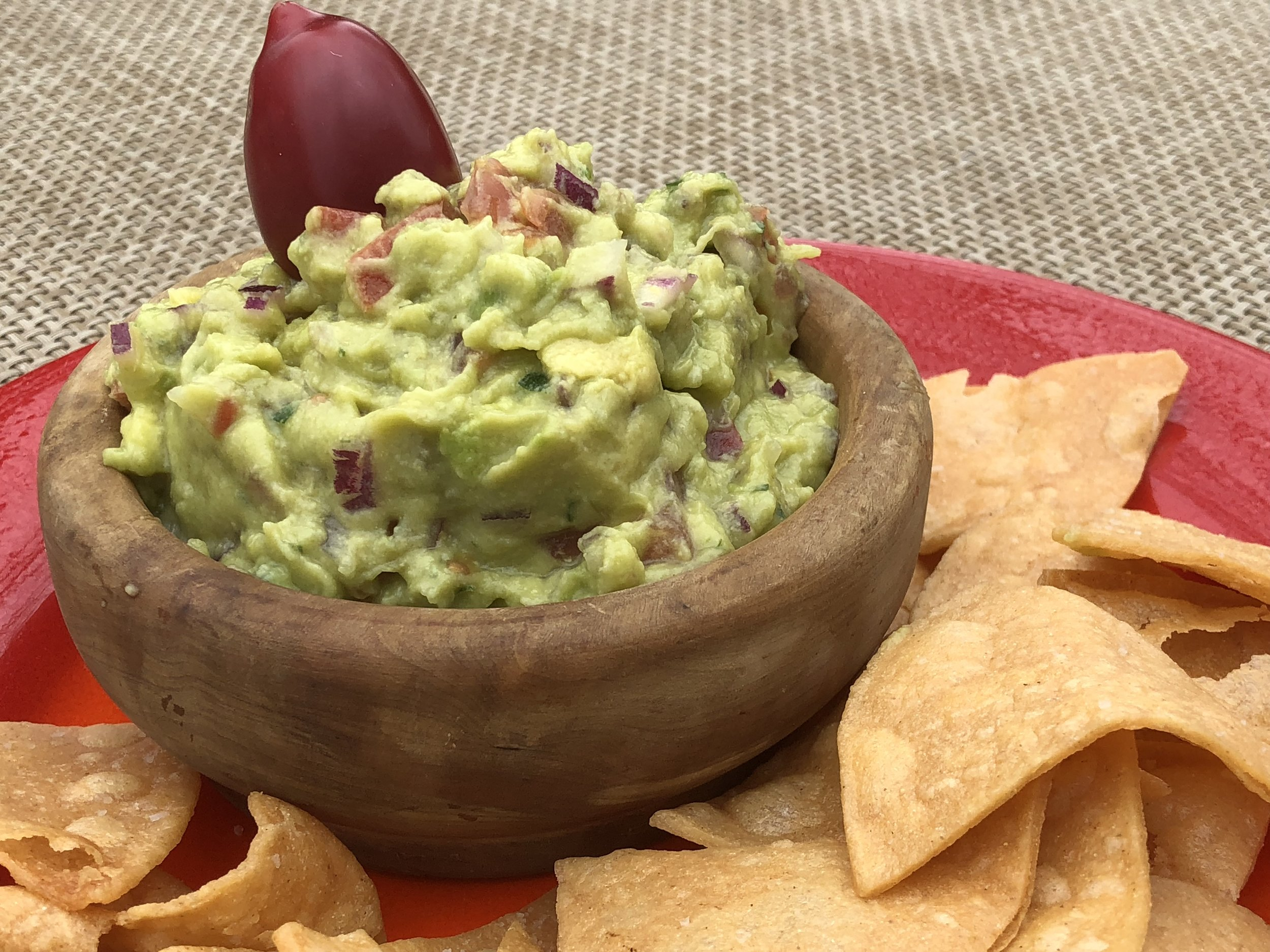 Guacamole with chips.jpg