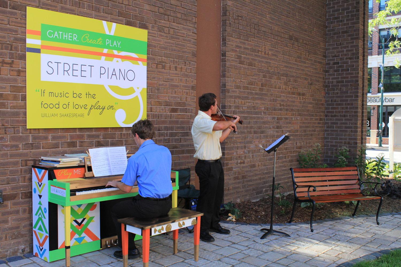 Traverse-city-street-piano-lifeandwhim.JPG