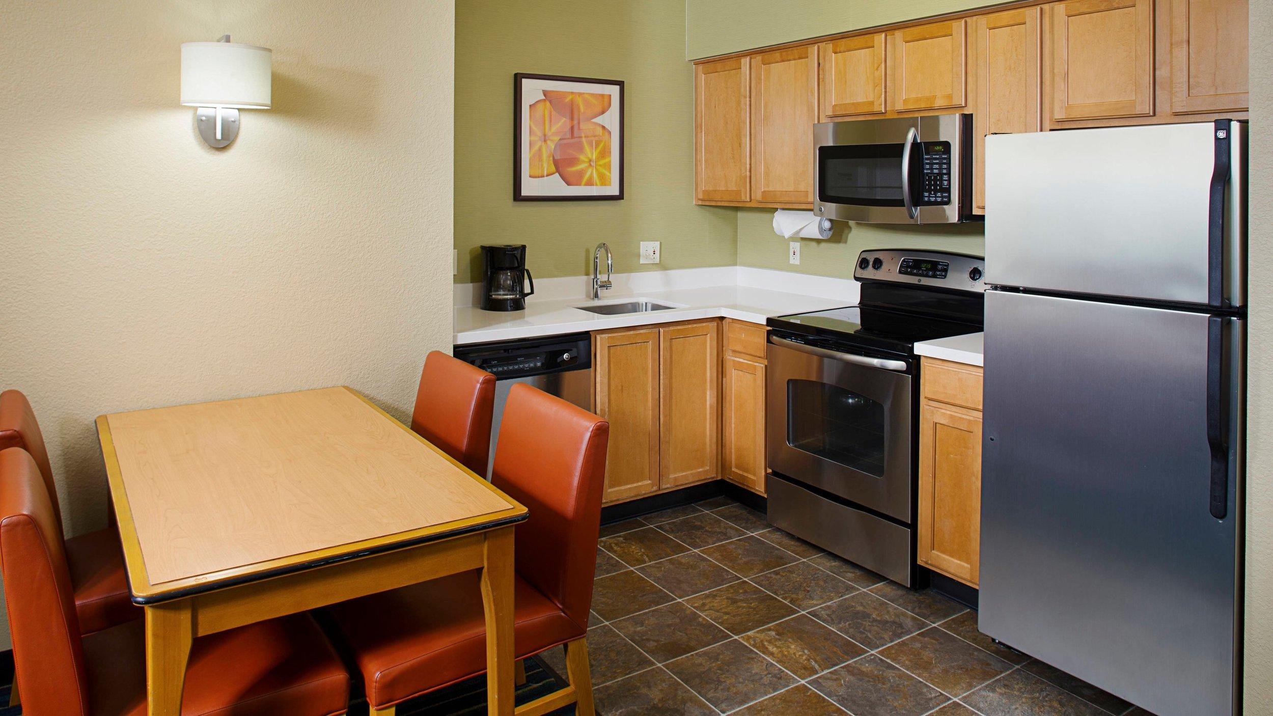 ri kitchen.jpg