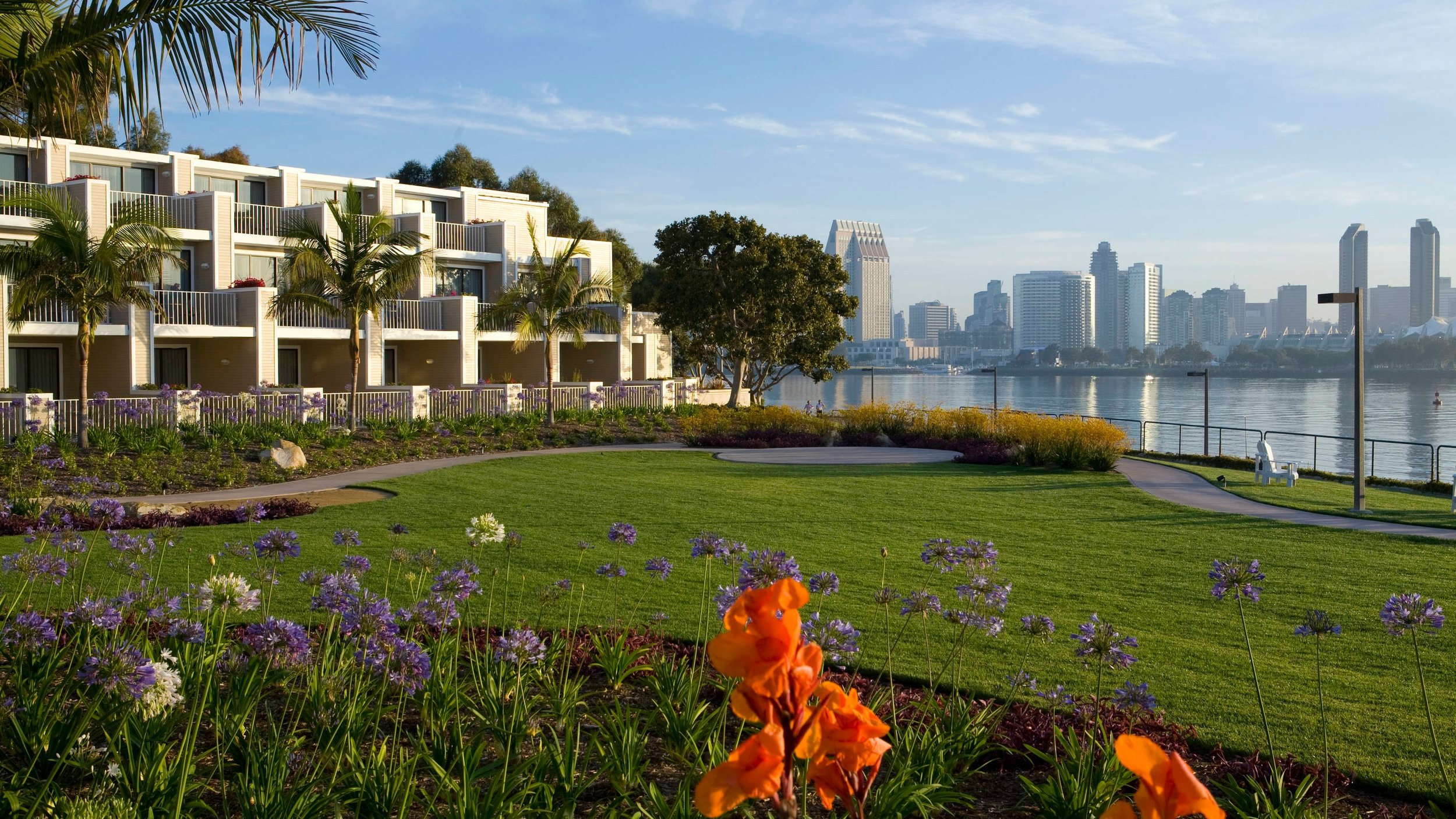 coronado island marriott resort & spa - Coronado Island Marriott Resort & Spa offers an idyllic retreat. With views of the San Diego skyline and Coronado Bridge, the hotel is ideally situated to provide easy access to Coronado Beach and San Diego attractions.