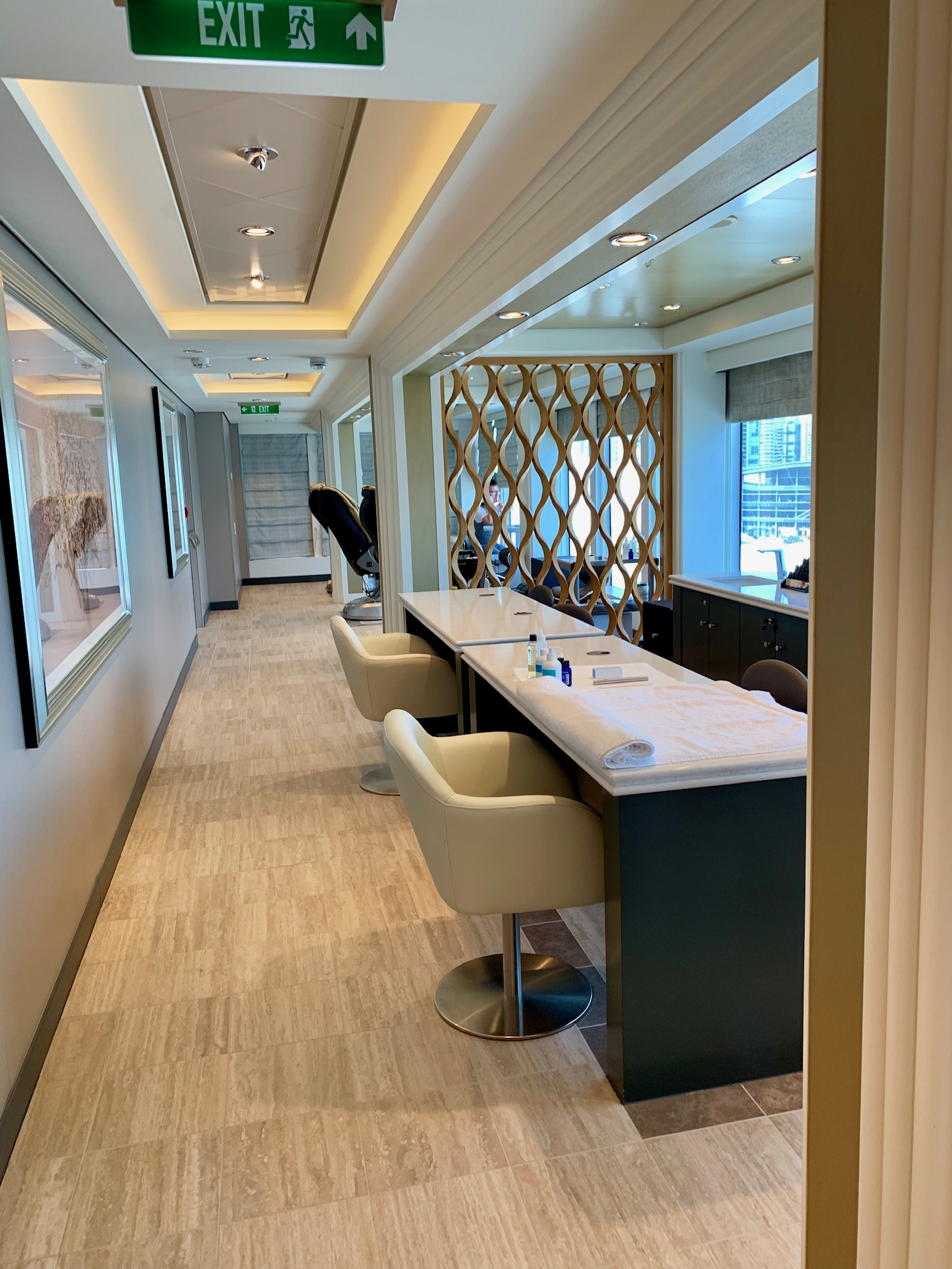 NCL Joy Nail Salon Side View