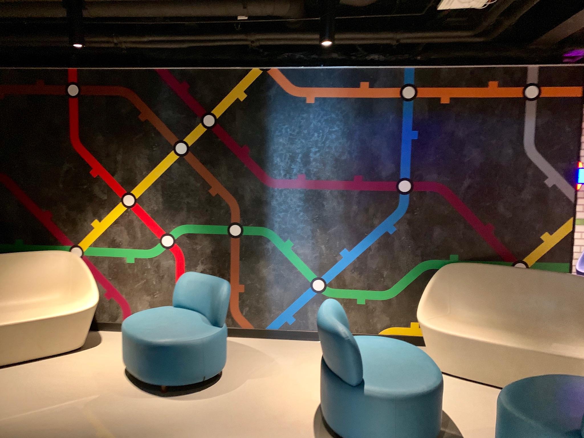 NCL Joy - Entourage Lounge.jpg