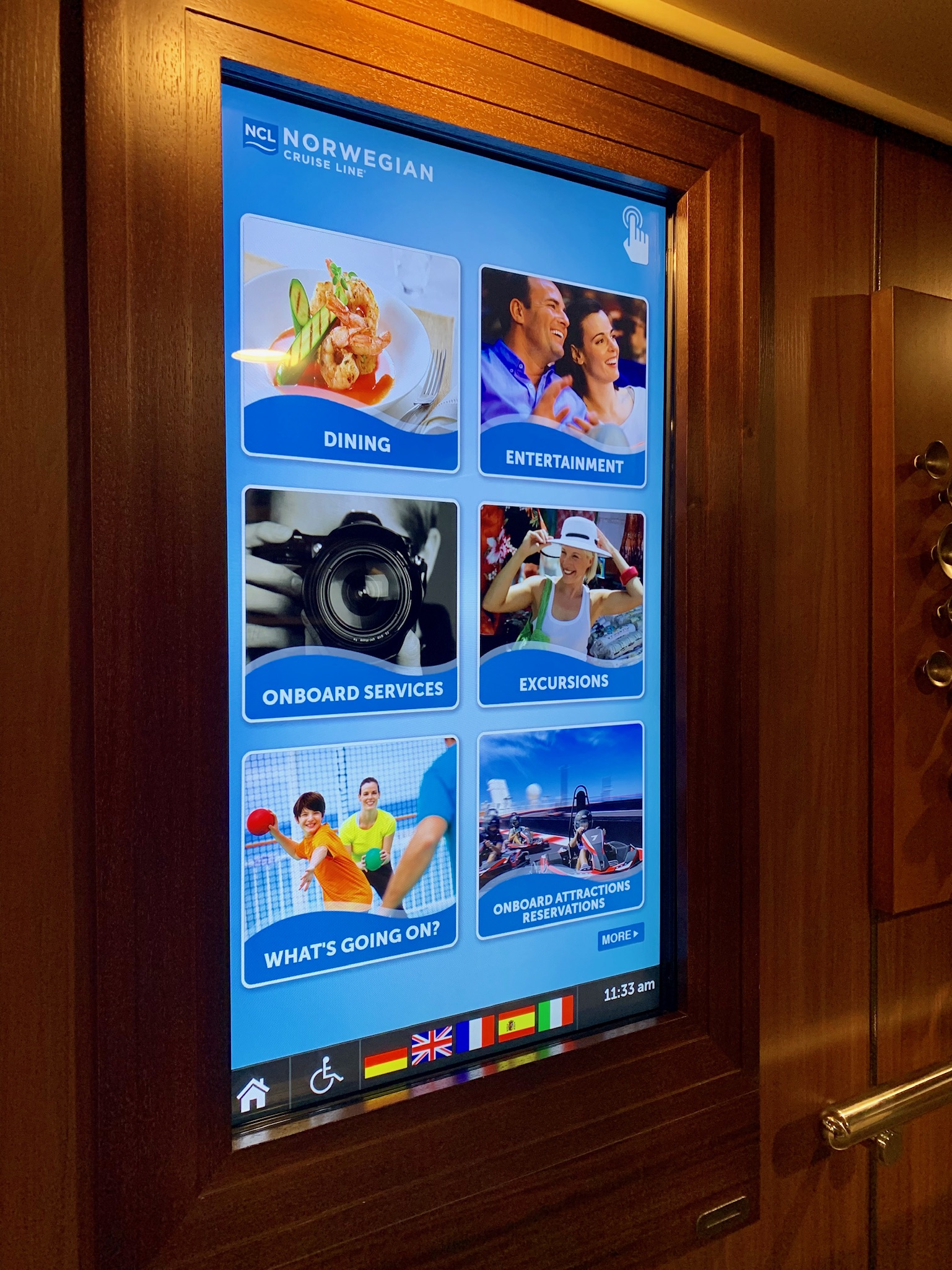 NCL JOY - Central interactive reservation screens