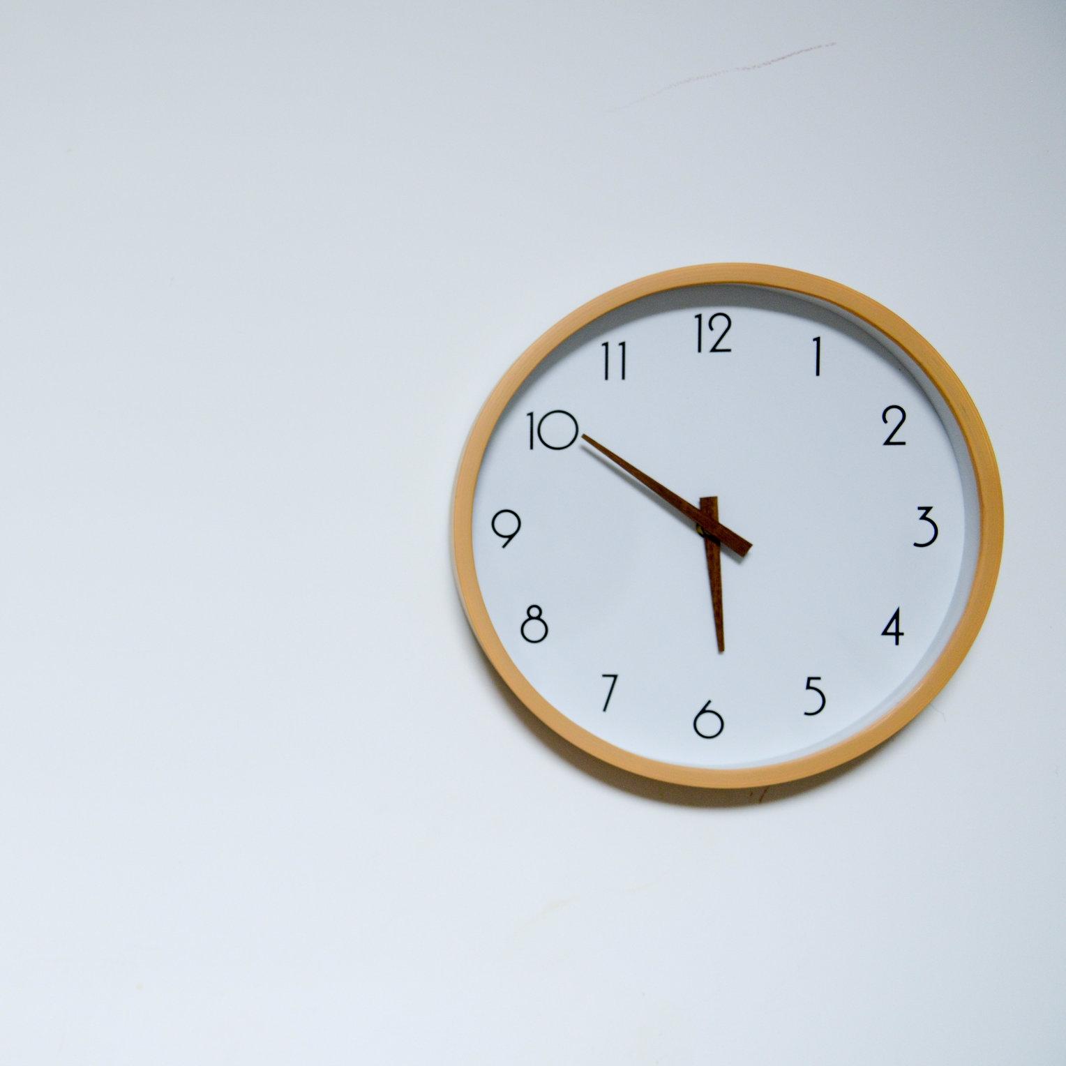 clock - white.jpeg