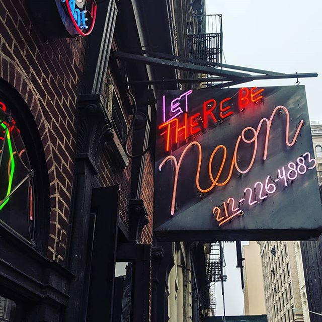 Fascinated with this custom neon shop in #tribeca