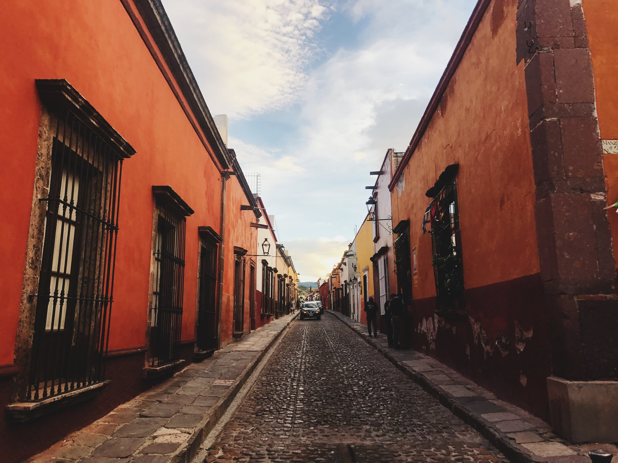 San Miguel de Allende - (OCT/NOV) ONE OF THE MOST BEAUTIFUL CITIES IN THE WORLD - A UNESCO WORLD HERITAGE SITE - ENJOY A WEEK OF NAVIGATING NARROW COBBLESTONE STREETS, ADMIRING STREET ART, BOUTIQUES AND ART GALLERIES. AN AUTHENTIC DAY OF THE DEAD EXPERIENCE WITH FESTIVALS, PARADES AND GRAVEYARD TOURS. EXPRESS INTEREST NOW FOR 2018!