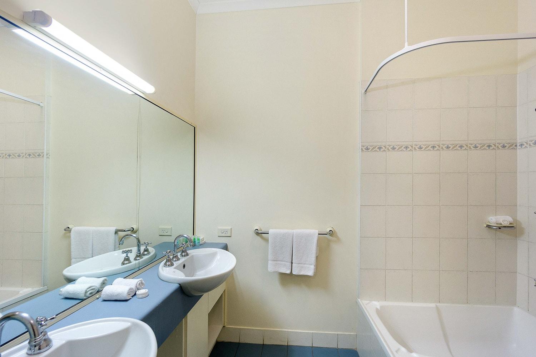 Executive Loft Bathroom
