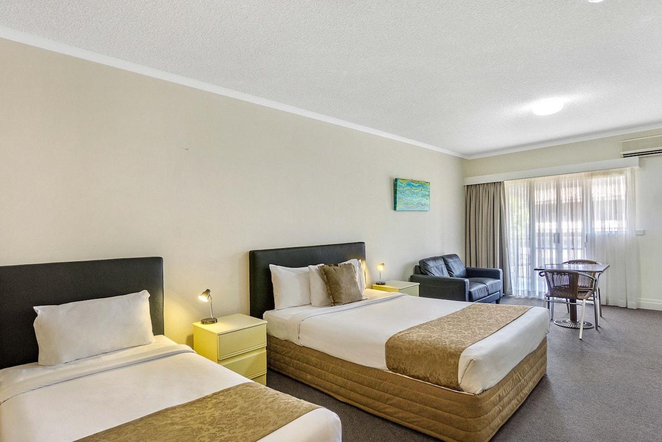 toowong-inn-suites-hotel-motel-apartments-accommodation-brisbane.13.jpg