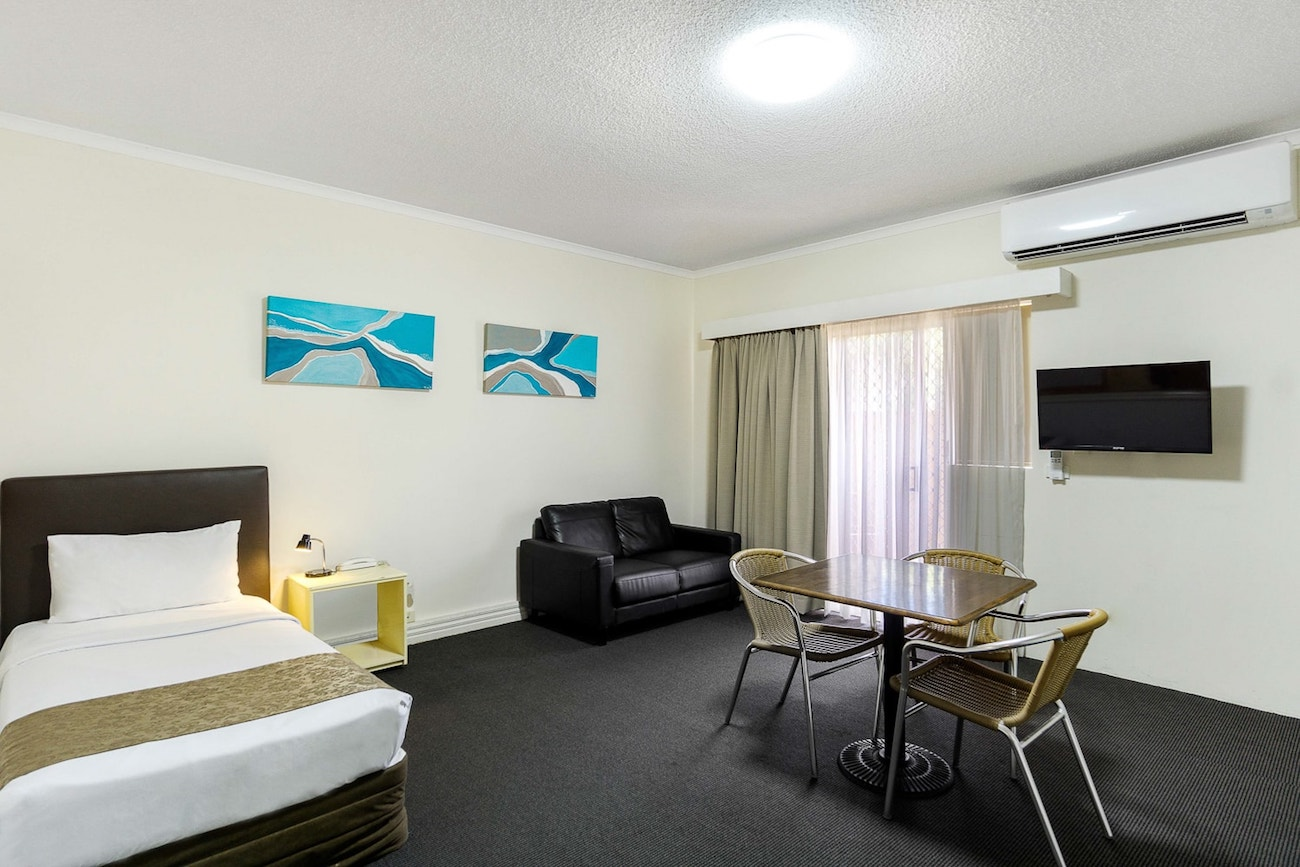 toowong-inn-suites-hotel-motel-apartments-accommodation-brisbane.42.jpg