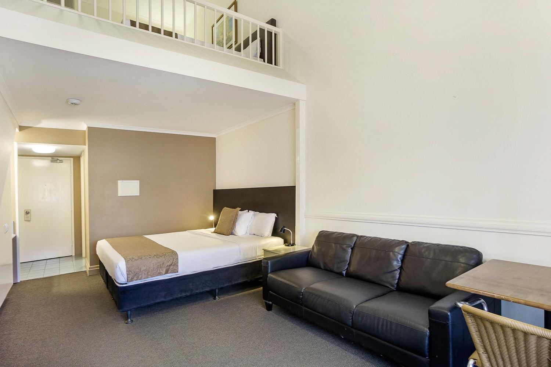 toowong-inn-suites-hotel-motel-apartments-accommodation-brisbane.19.jpg