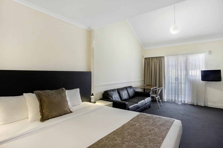 toowong-inn-suites-hotel-motel-apartments-accommodation-brisbane.27.jpg