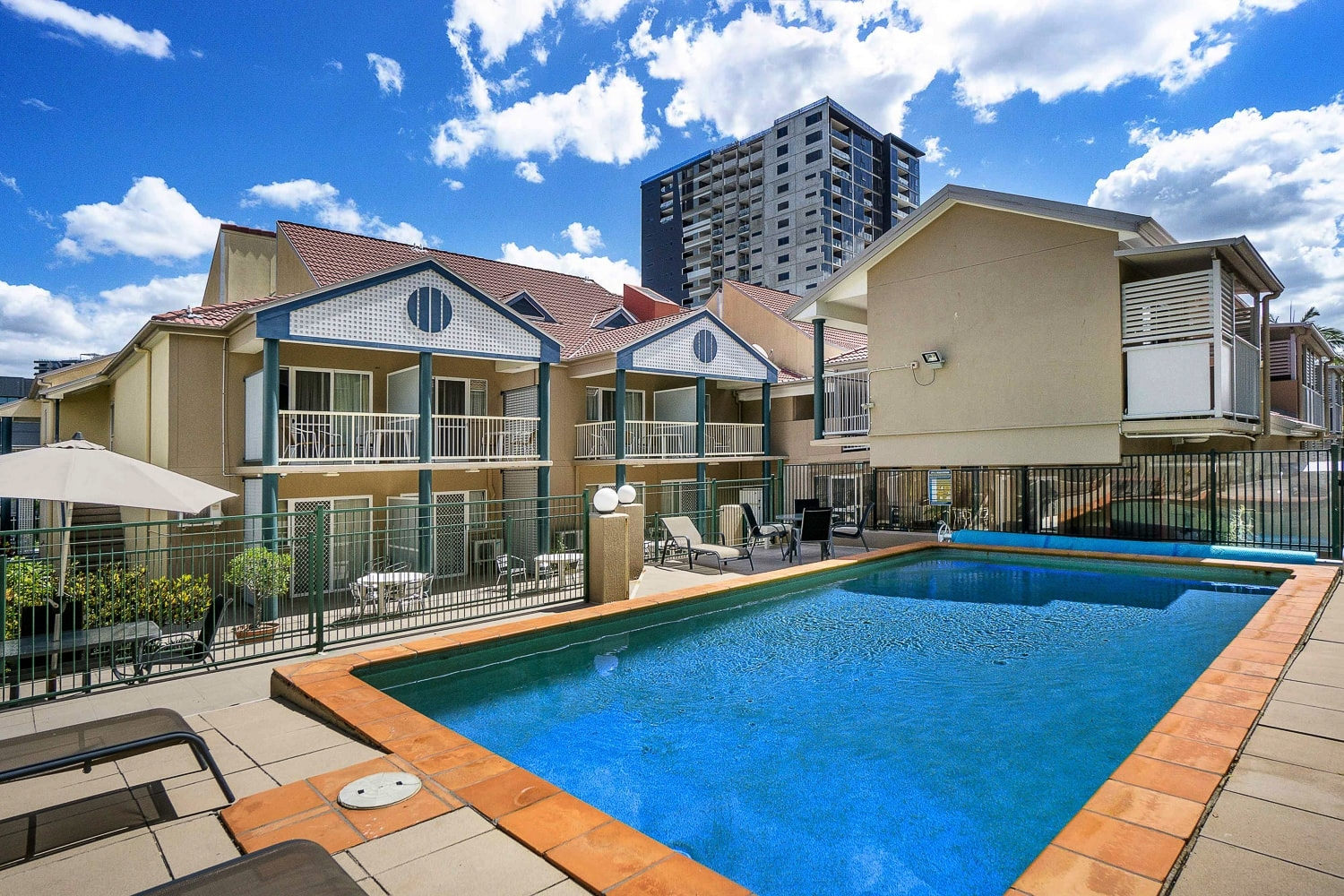TOOWONG INN & SUITES   Boutique Motel Accommodation In The Heart Of Toowong Brisbane   Book Direct