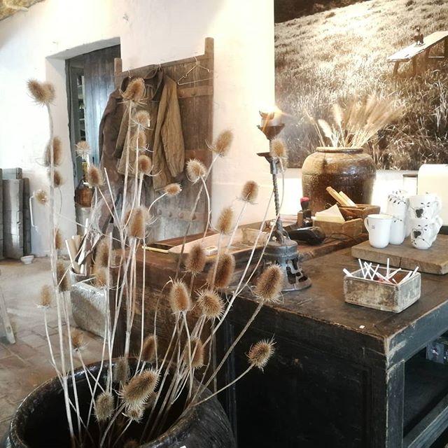 Christiansen & co Rustic living 🙌 lækkert sted! @christiansenogco #interiordesign #rusticliving #interiør #rustikinteriør