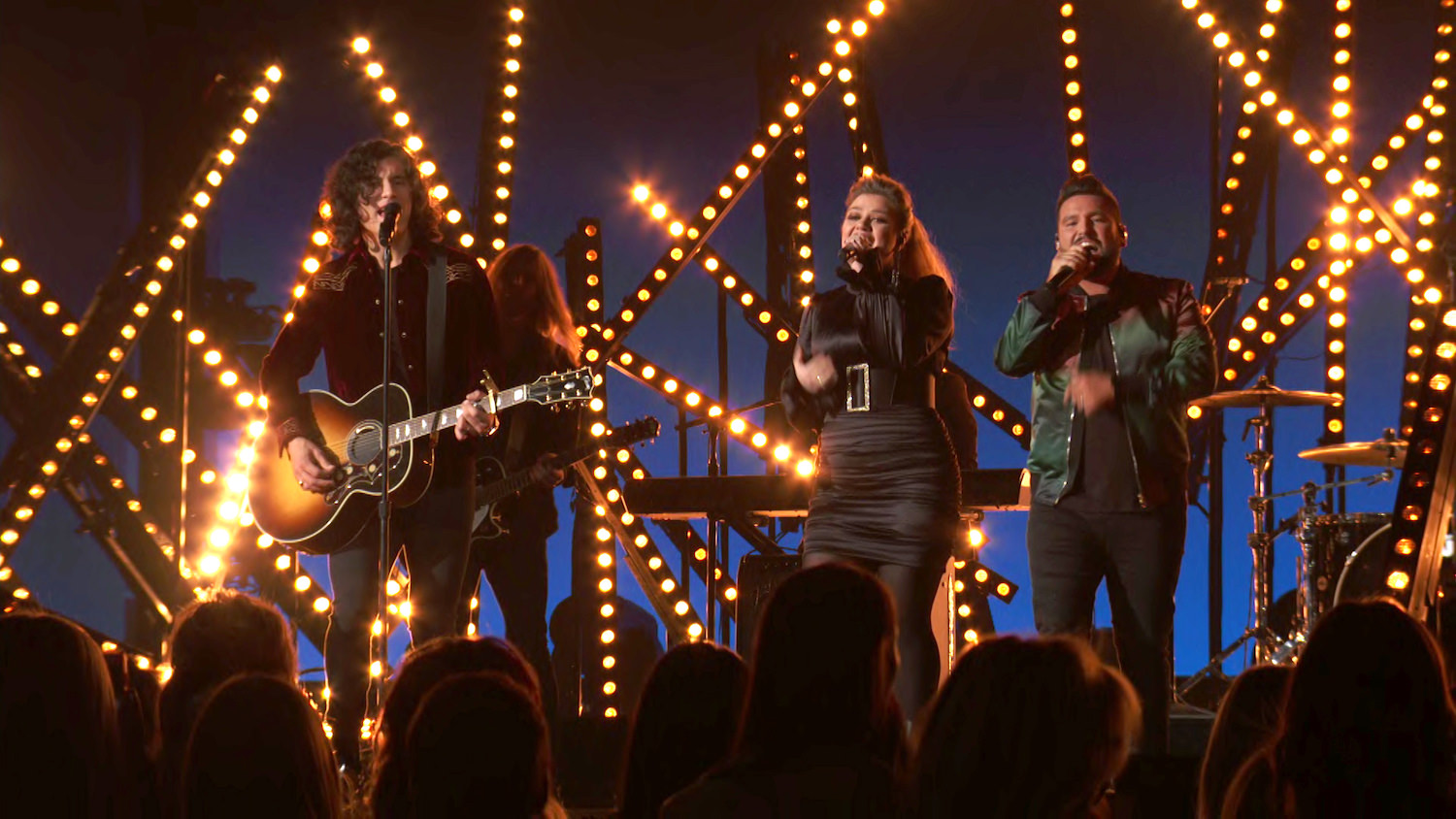 DAN + SHAY WITH KELLY CLARKSON - ACM AWARDS