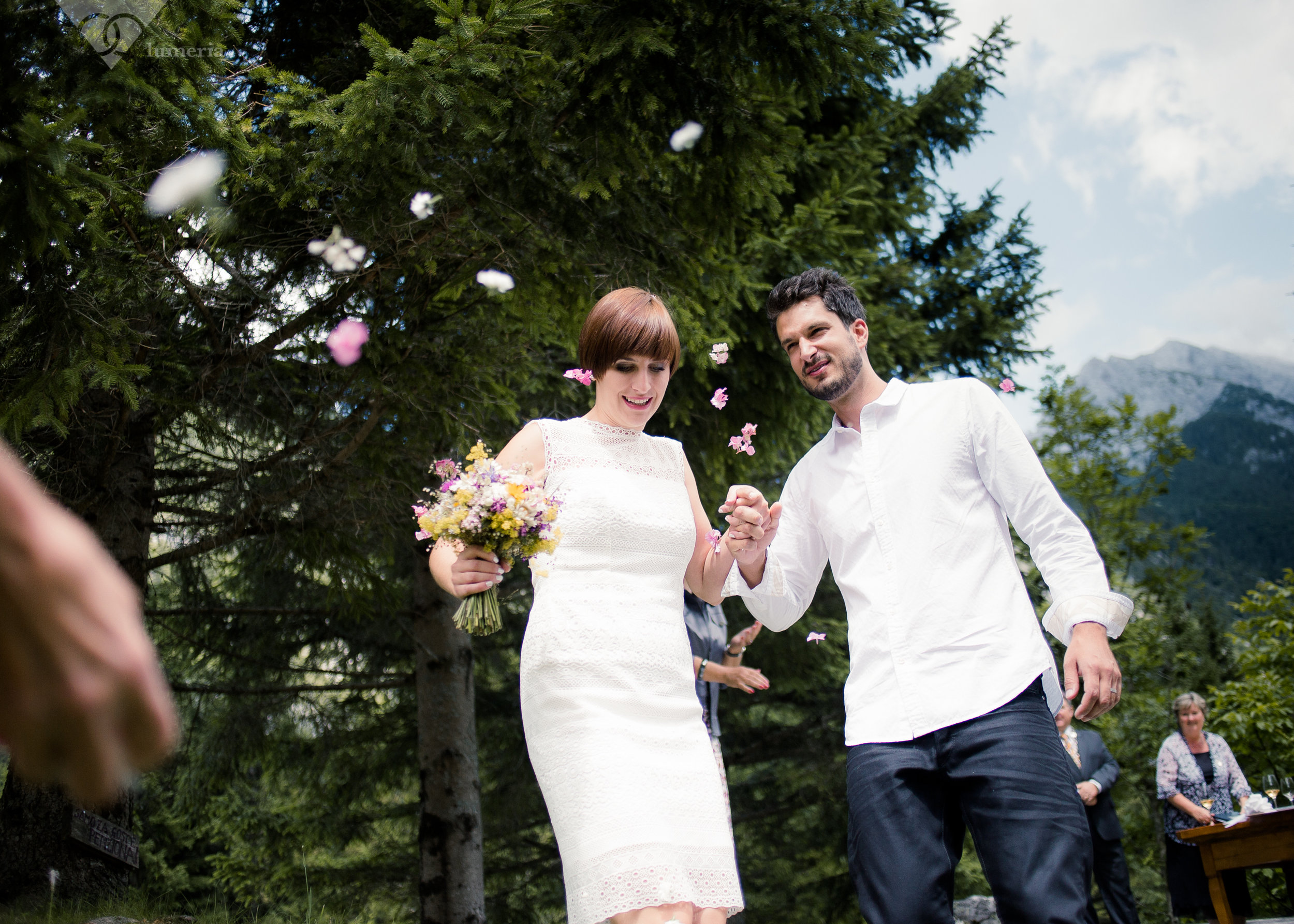dvor jezeršek poroka
