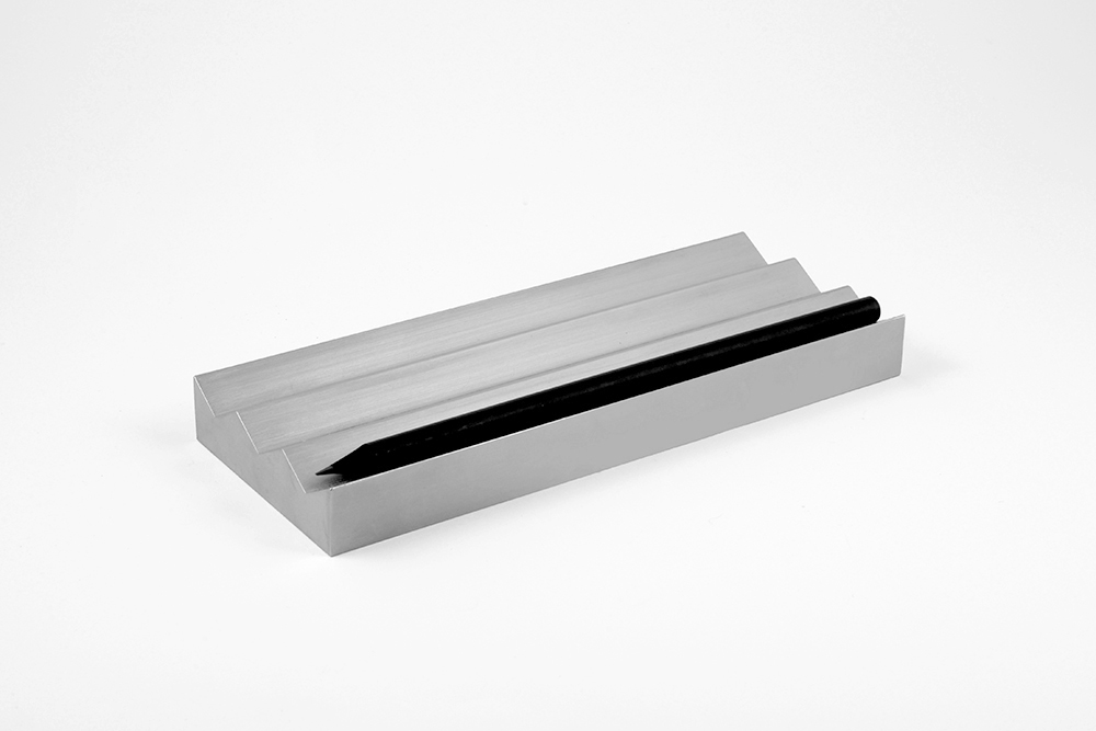 3 pencil holder by VAU (4).jpg