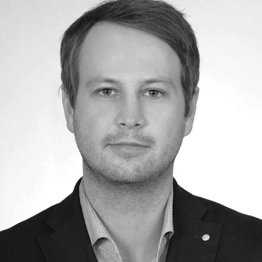 Tomasz Jaskółowski  Leasing Manager Poland M + 48 887 779 211  tomasz.jaskolowski@prom-management.com