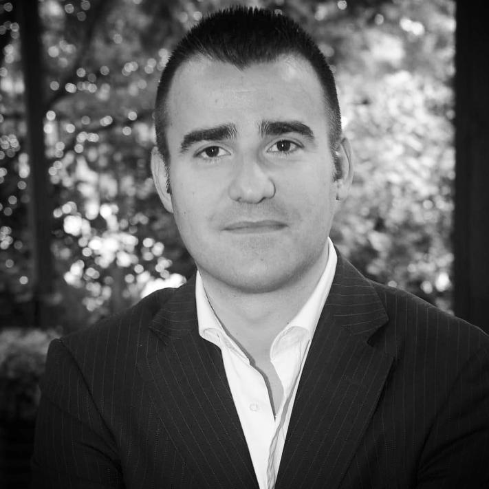 Cesare Nonnis Marzano  Managing Director Italy & France M +39 345 8861731  cesare.nonnismarzano@ros-management.com