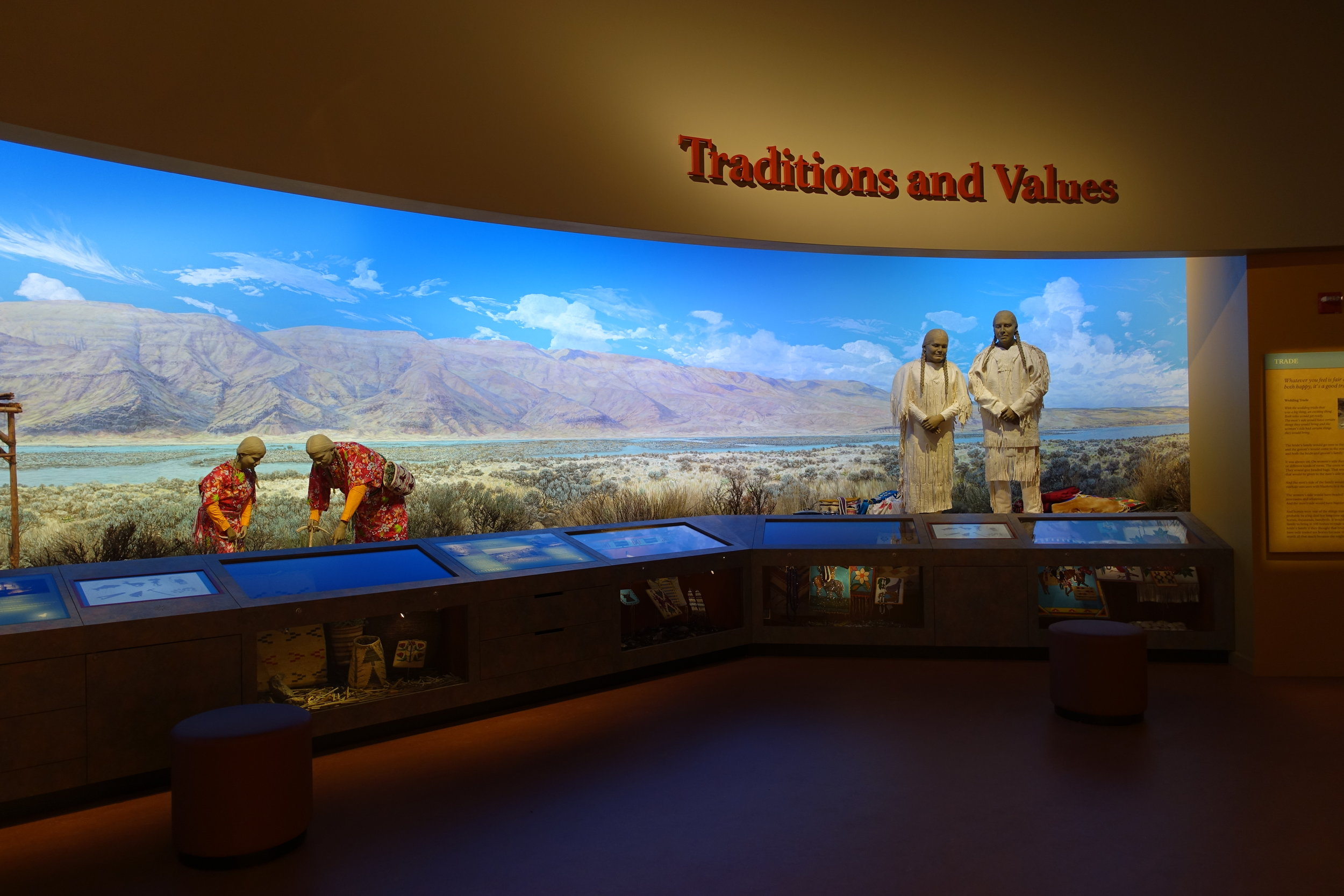 Wanapum Heritage Center