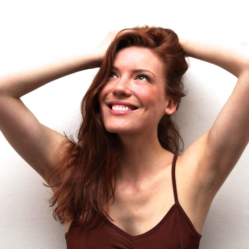 Josie Taylor (AKA the Fresh Ginger) is a London-based healthy food creative, cook, presenter and writer. She believes in nourishment without neurosis.http://thefreshginger.co | @thefreshginger | facebook.com/thefreshgingerjosie -