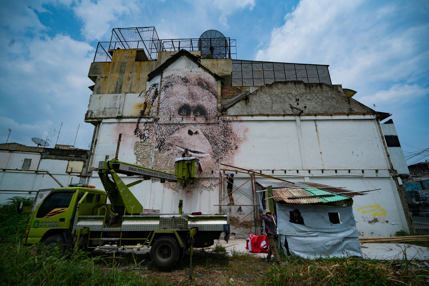 Alexandre Farto aka VHILS in Progress Image Credit Skaiste final.jpg