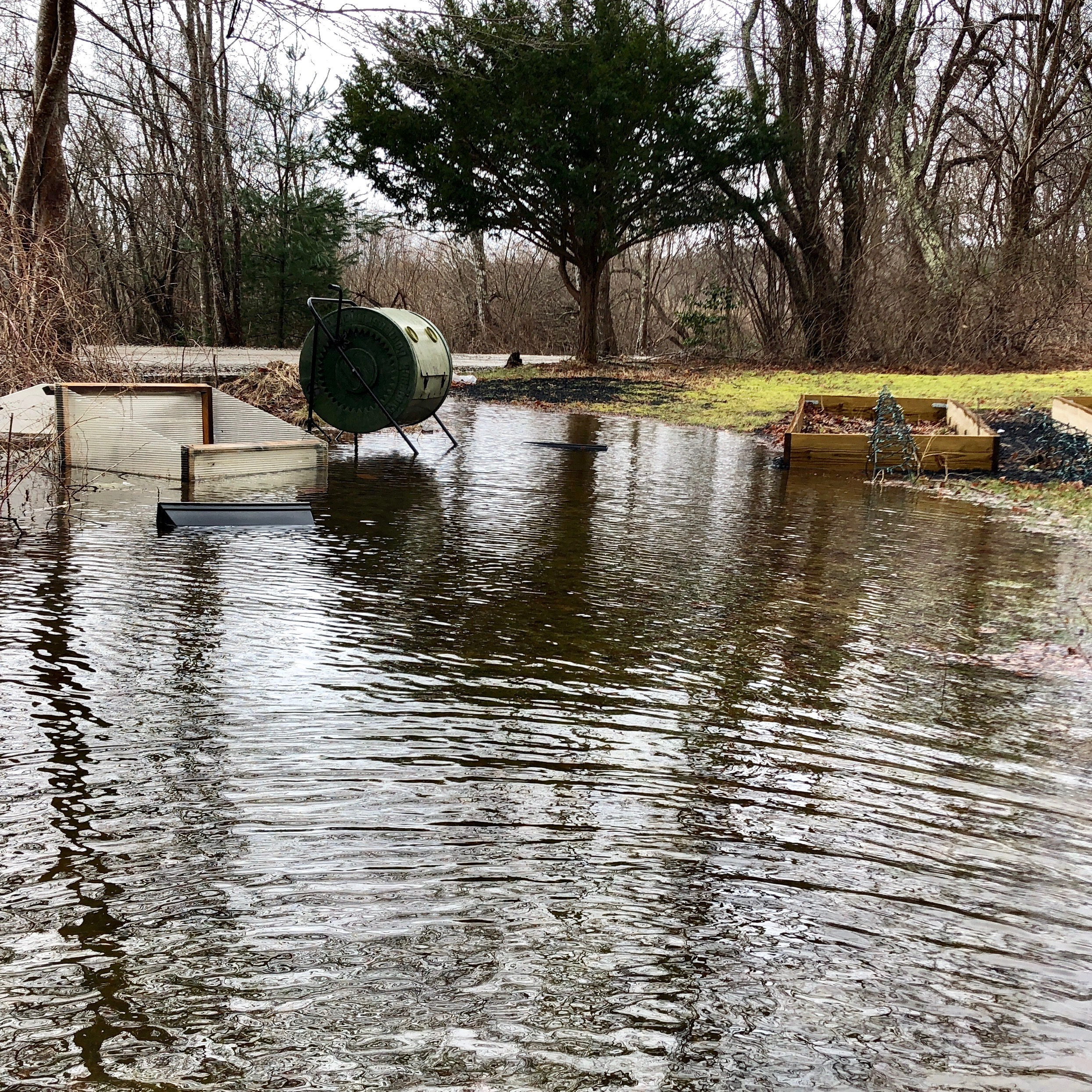 By 3:00 PM, garden-area was floating away, and we're five miles from the bay