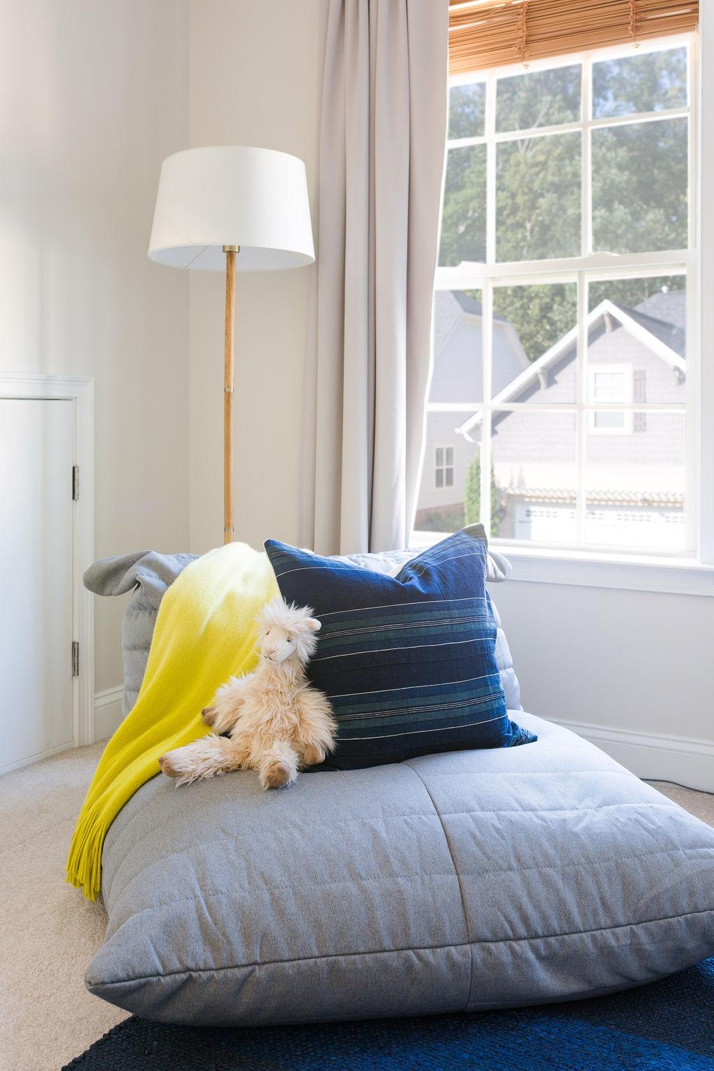 interior design modern coastal bedroom