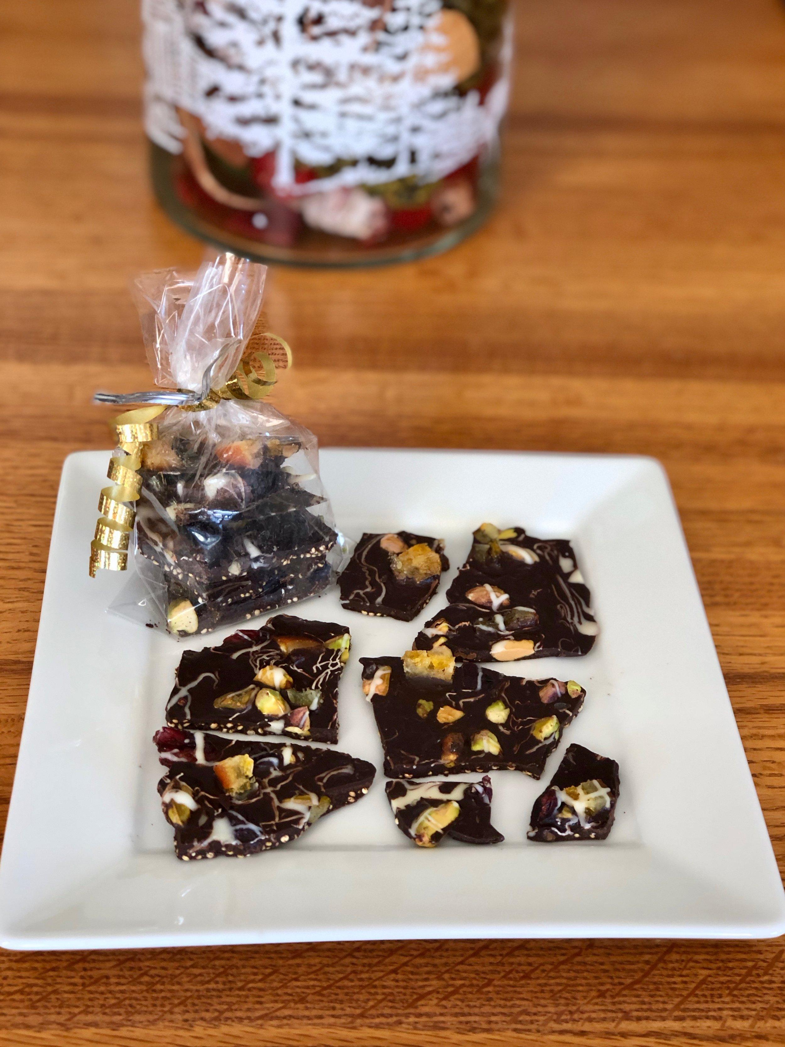 Christmas Cocoa Crunch Bark (2).jpg