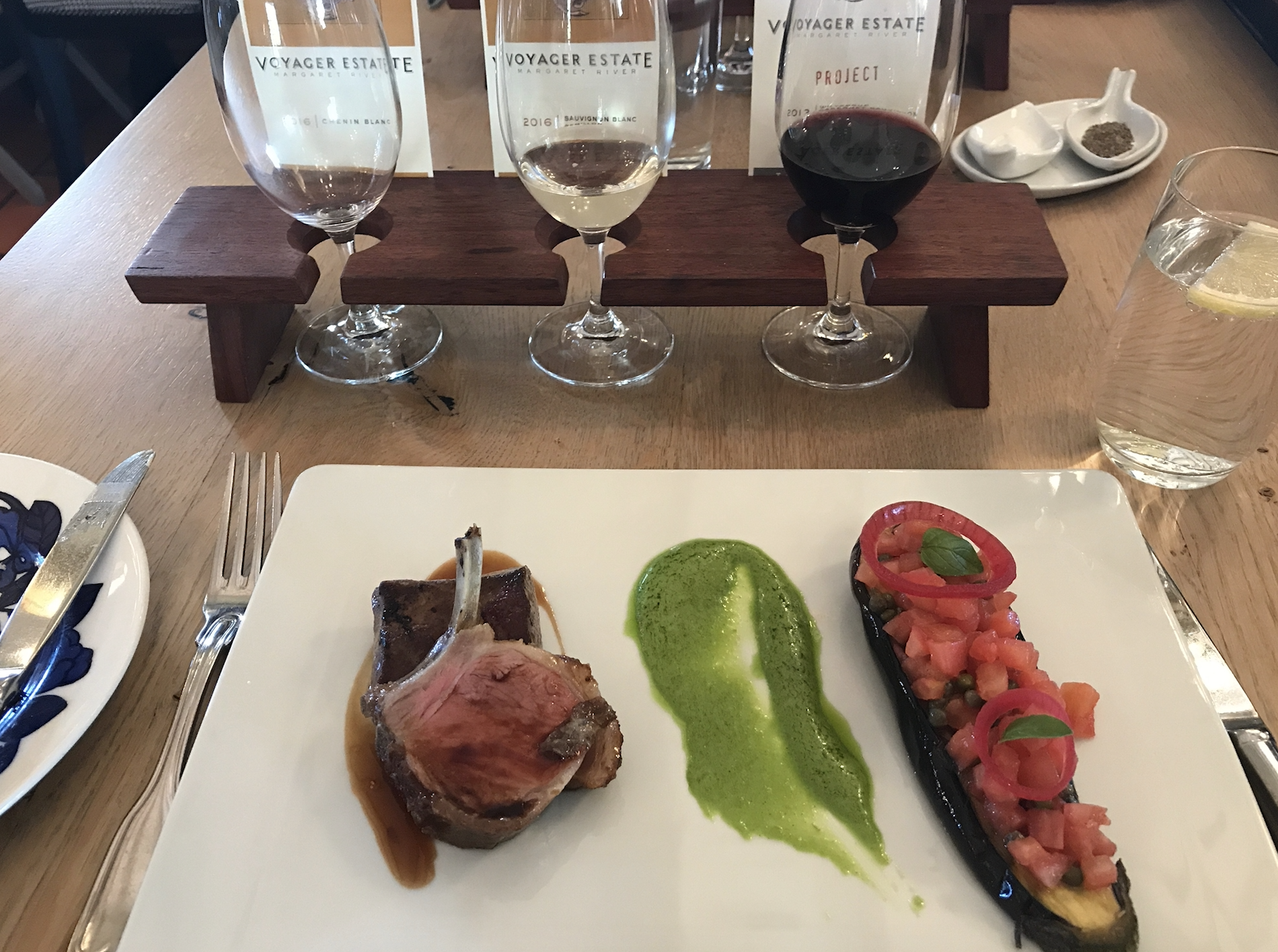 Lunch at Voyager Wine Estate