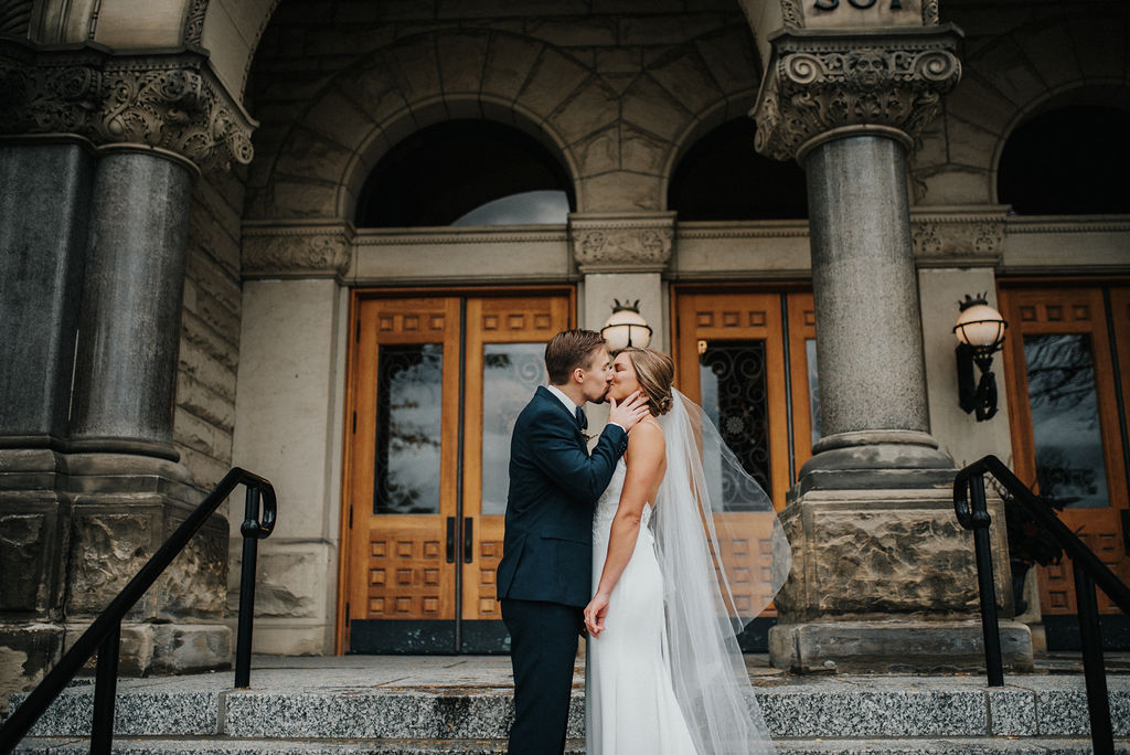 MICHIGANWEDDING:BUSS26.jpg