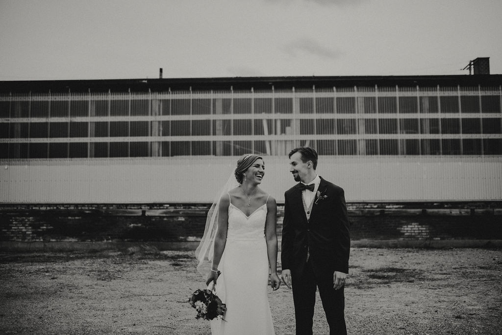 MICHIGANWEDDING:BUSS30.jpg