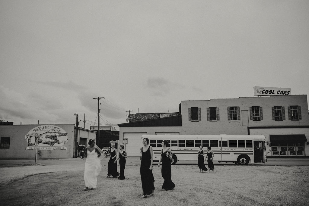 MICHIGANWEDDING:BUSS27.jpg