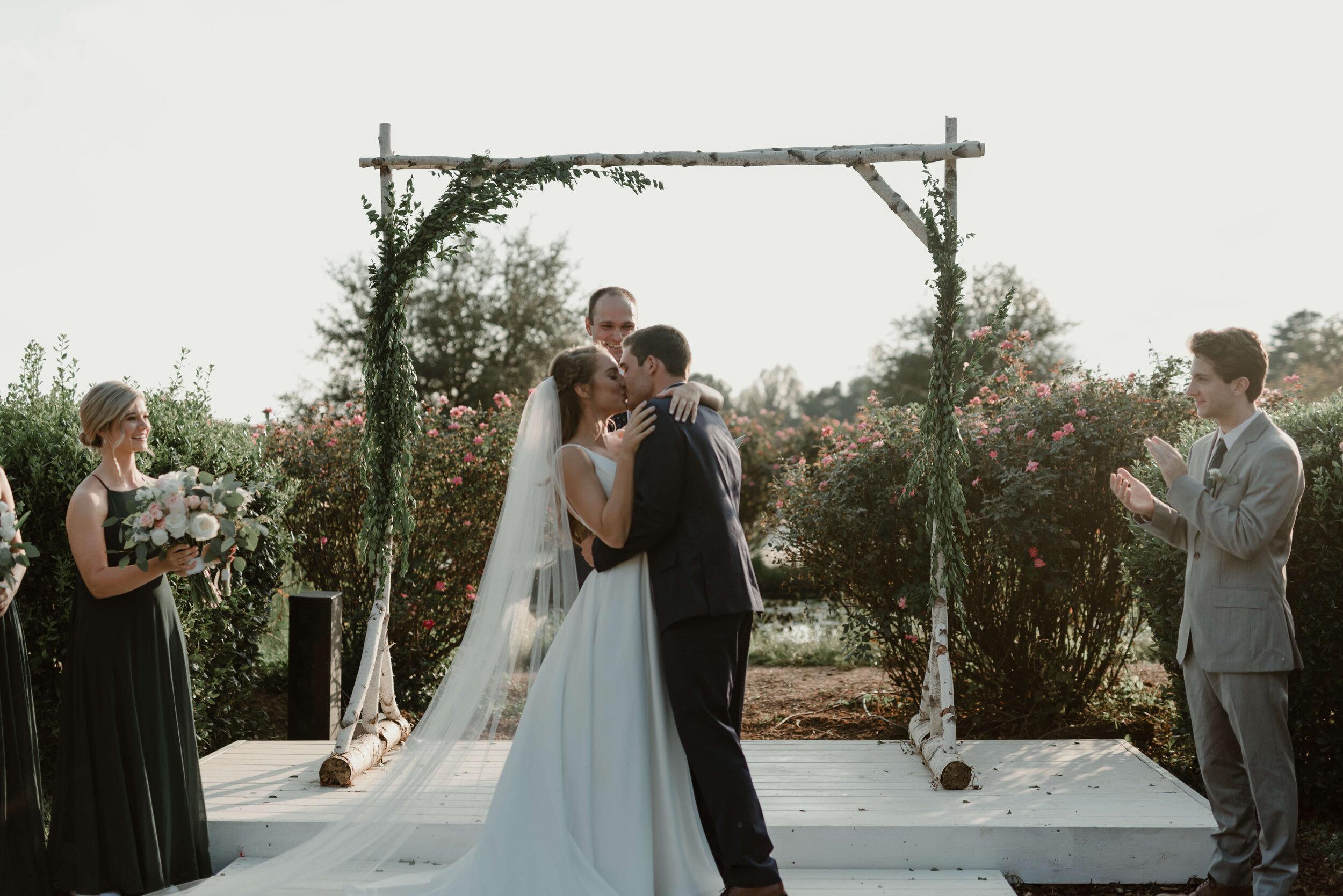 RALEIGH_WEDDING_GABBY_AND_SMITTYDSC_7727.jpg