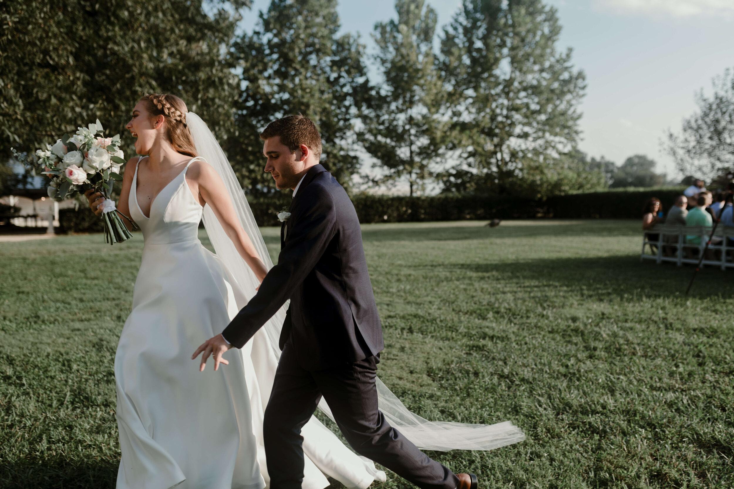 RALEIGH_WEDDING_GABBY_AND_SMITTYDSC_2137.jpg