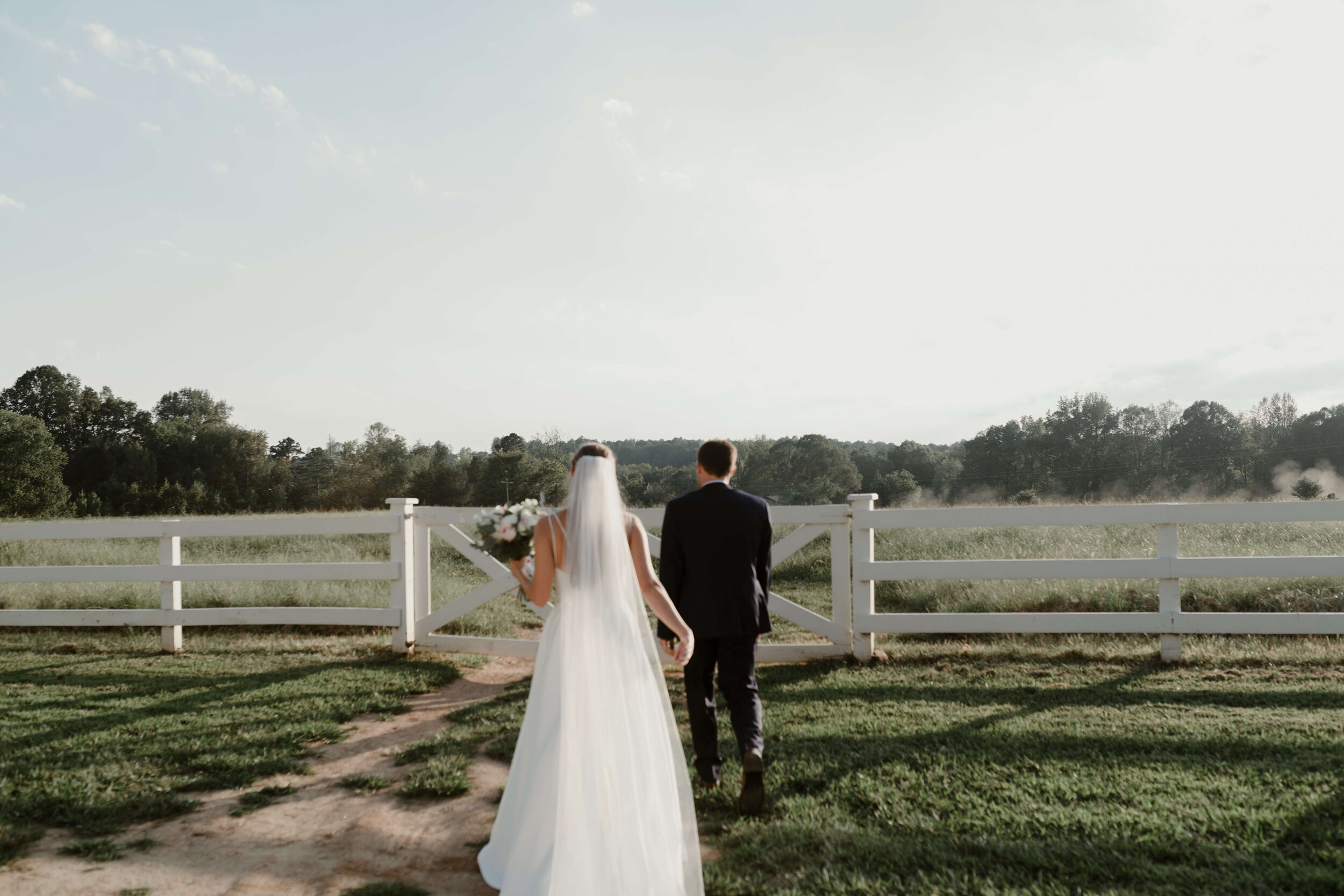 RALEIGH_WEDDING_GABBY_AND_SMITTYDSC_2170.jpg