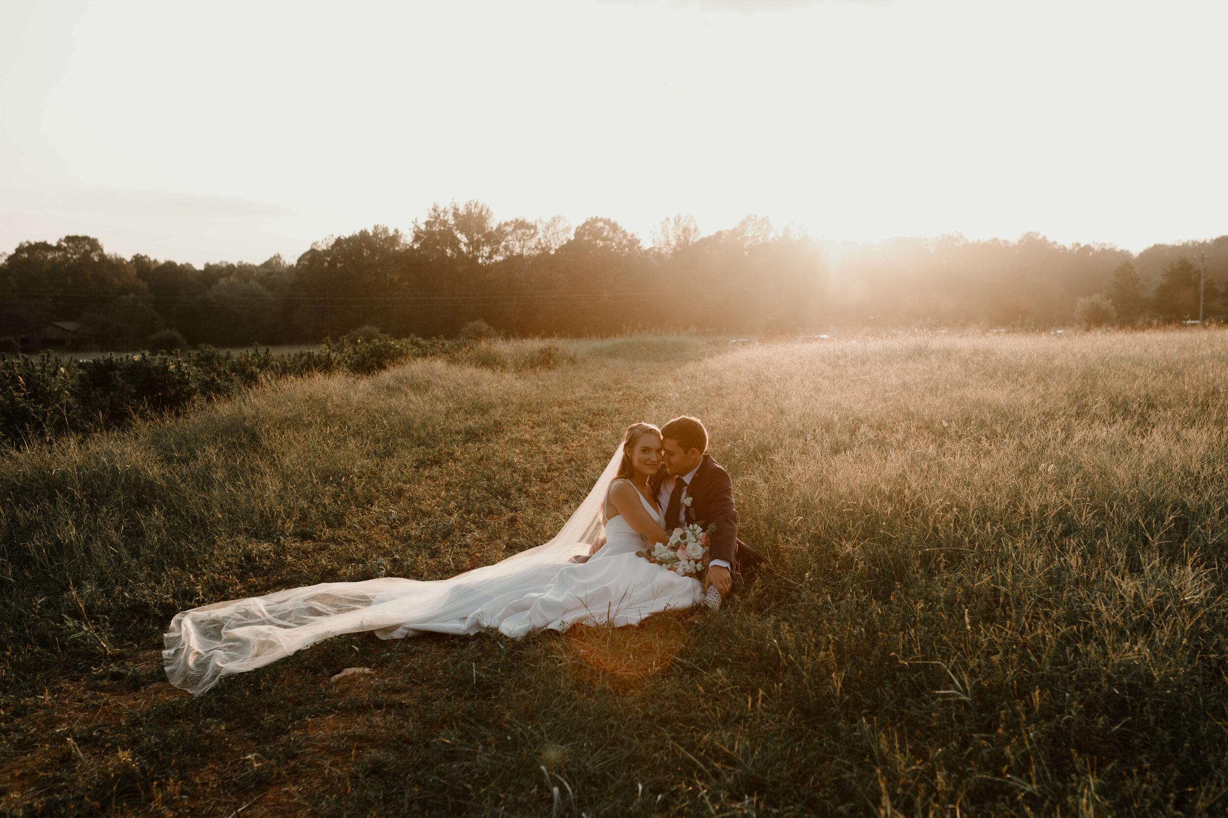 RALEIGH_WEDDING_GABBY_AND_SMITTYDSC_2353.jpg