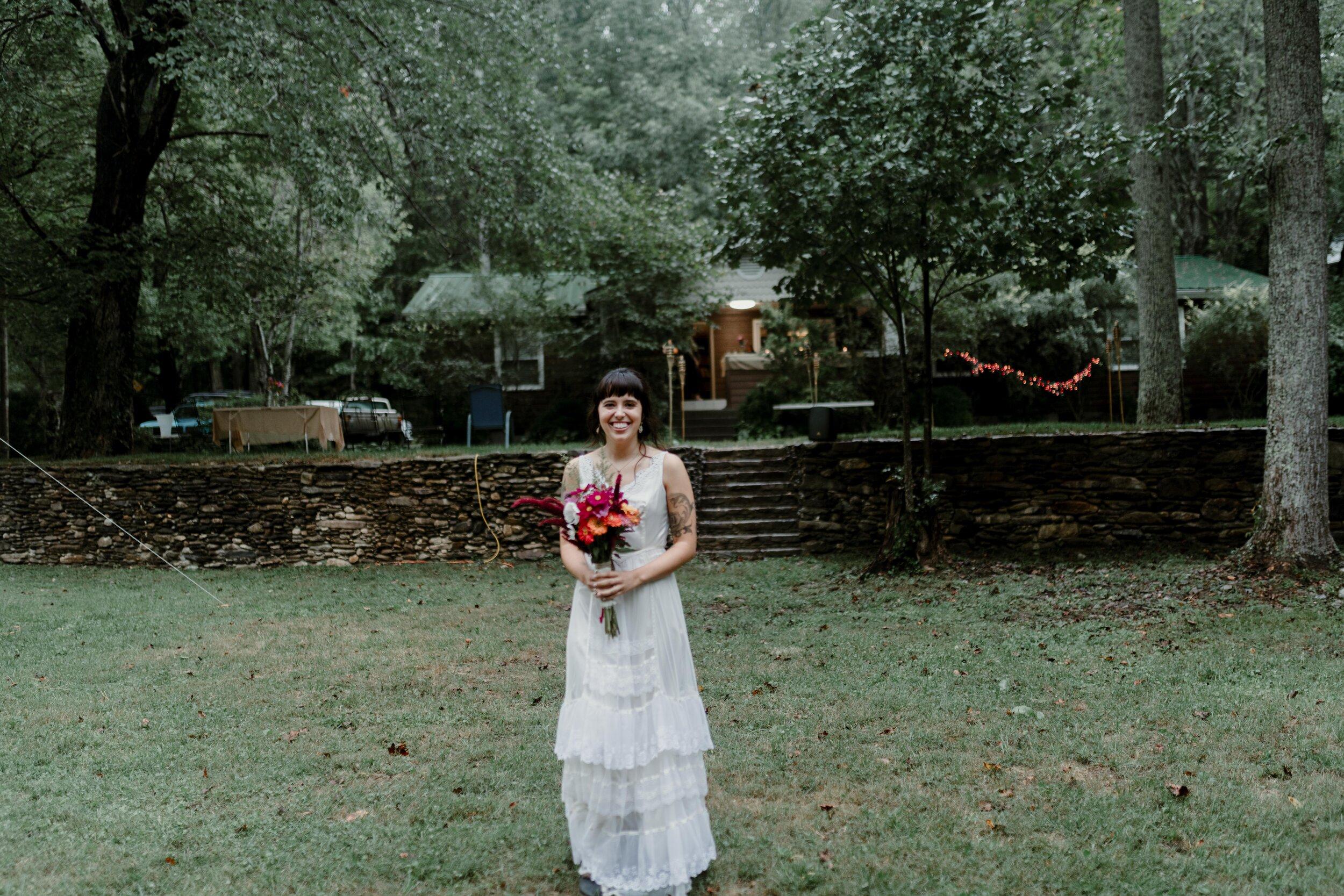 ASHEVILLE_WEDDING_TESS_AND_RYANDSC_5050-2.jpg