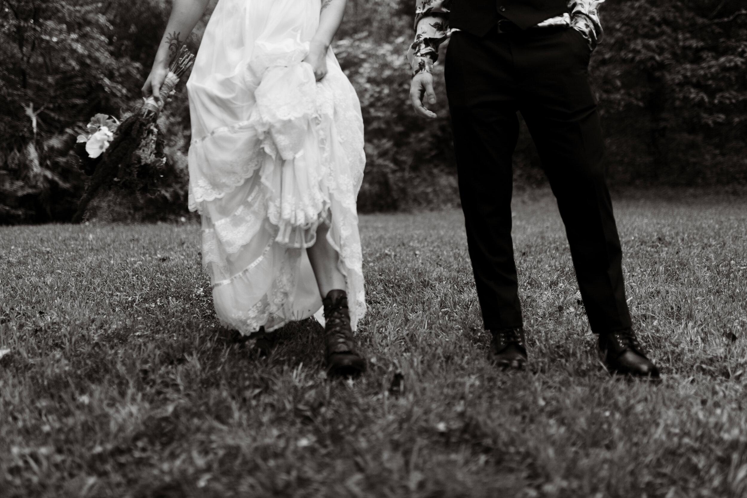 ASHEVILLE_WEDDING_TESS_AND_RYANDSC_5405.jpg