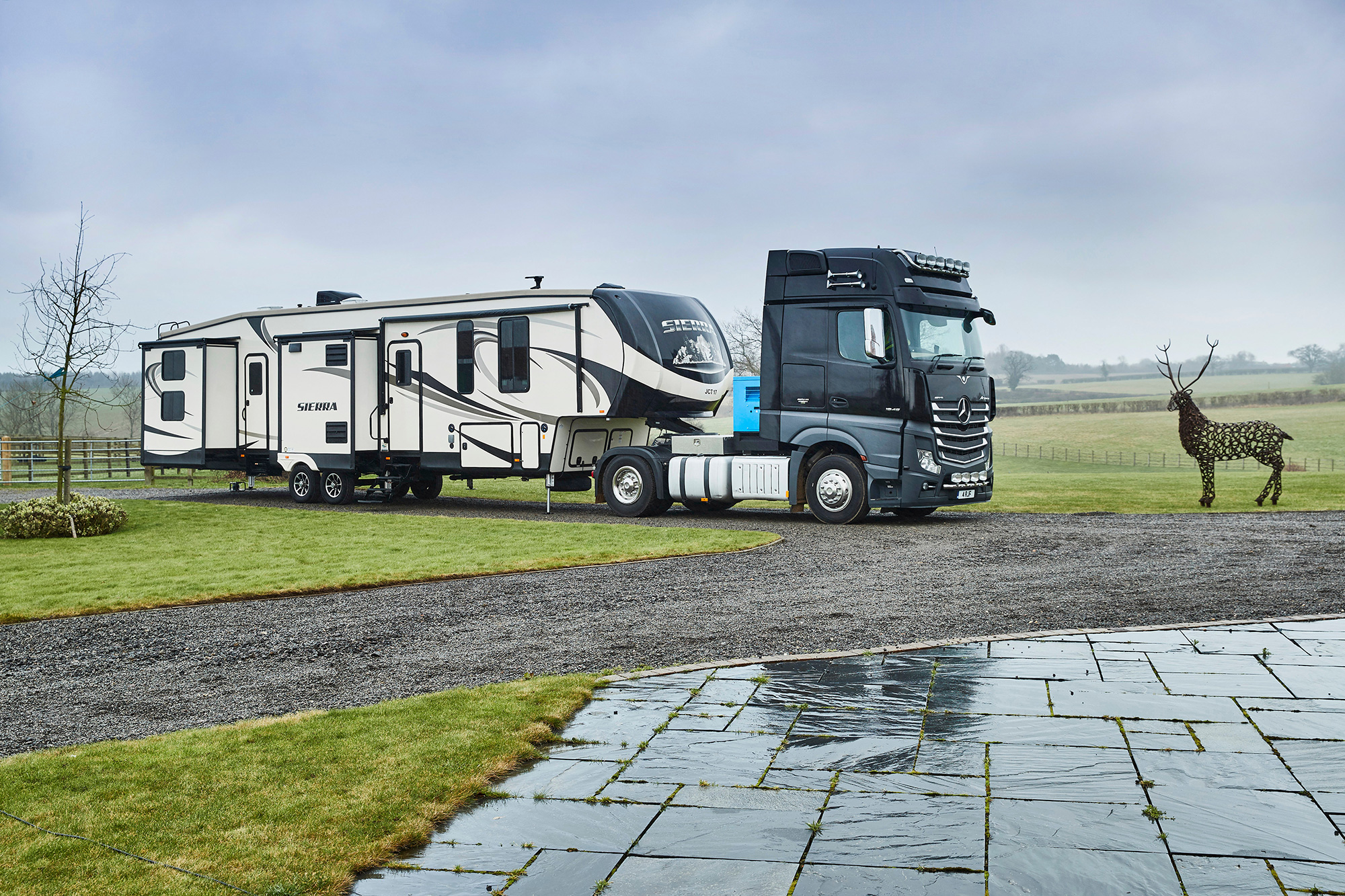 american-rvs-motorhomes-for-hire-uk-europe-2.jpg