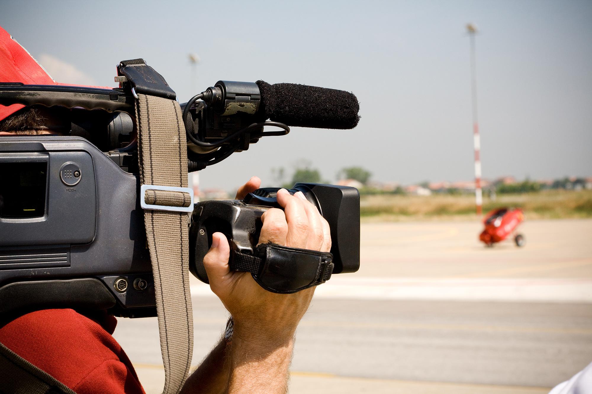 american-rv-motorhome-hire-film-work-crew.jpg