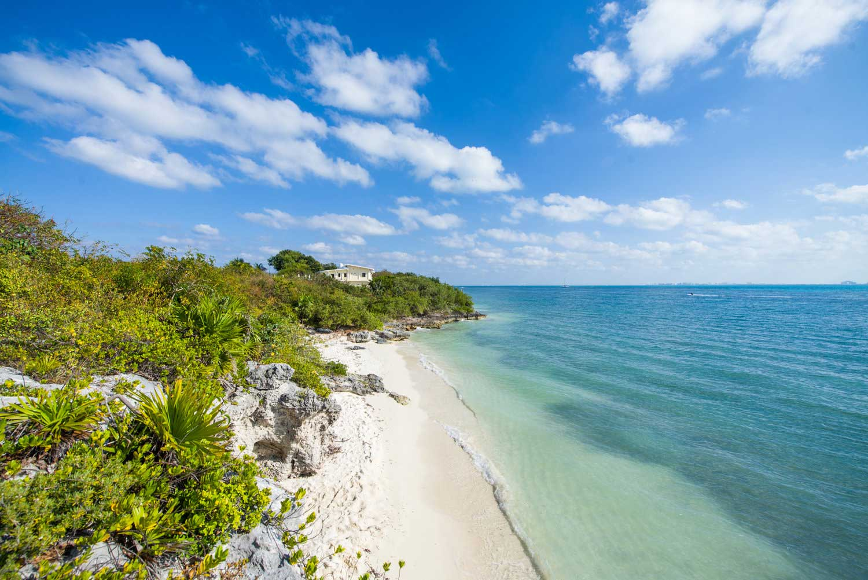 Isla Mujeres Beach_1
