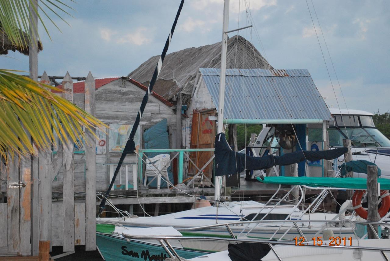Isla Mujeres Dock Yard_2
