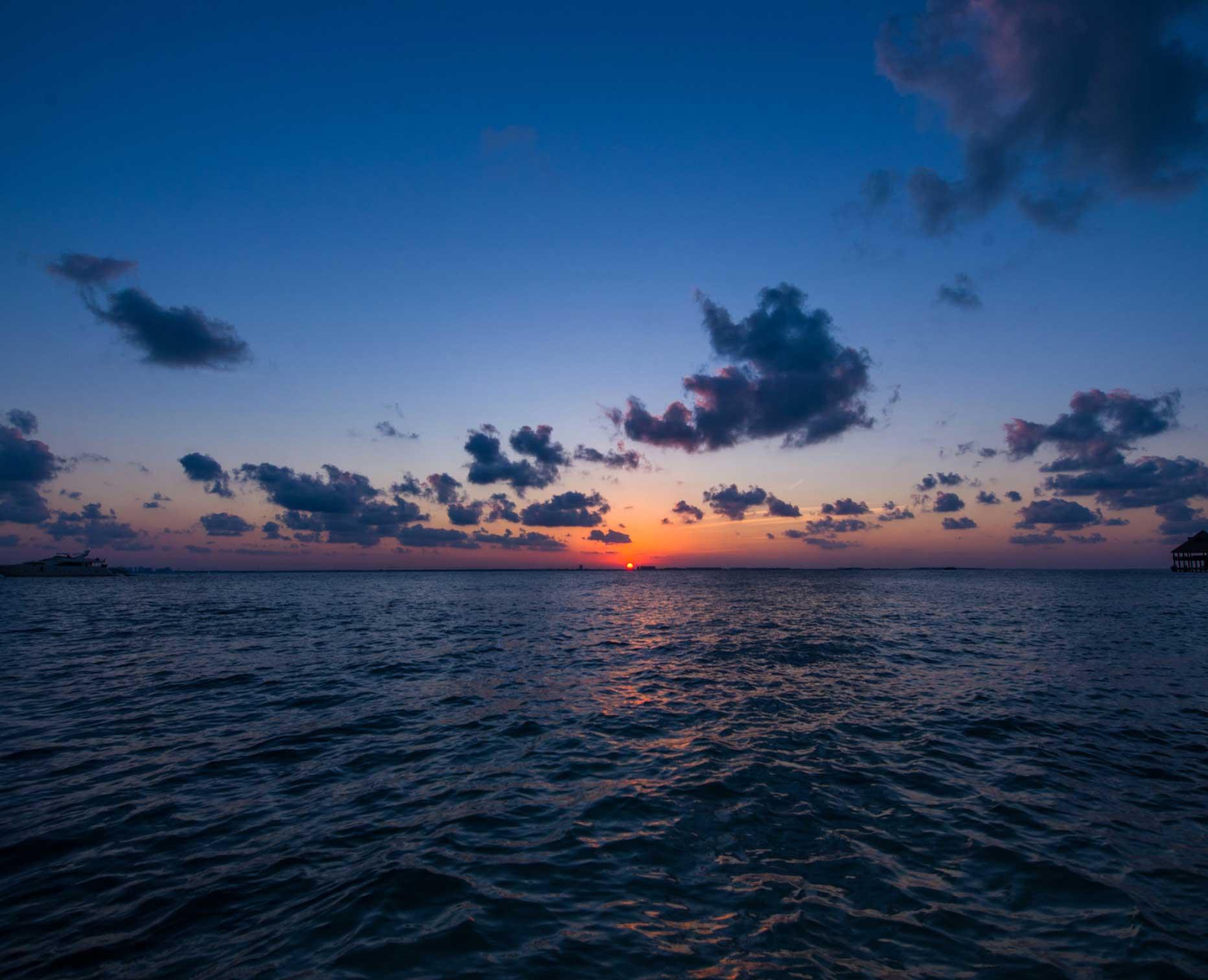 Isla Mujeres Sunset Dusk