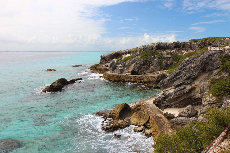 Isla Mujueres Cliffs.jpg